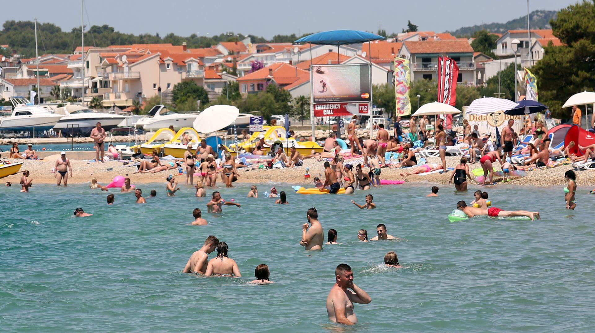 VRIJEME: Sunčano, vrlo toplo a na Jadranu i vruće