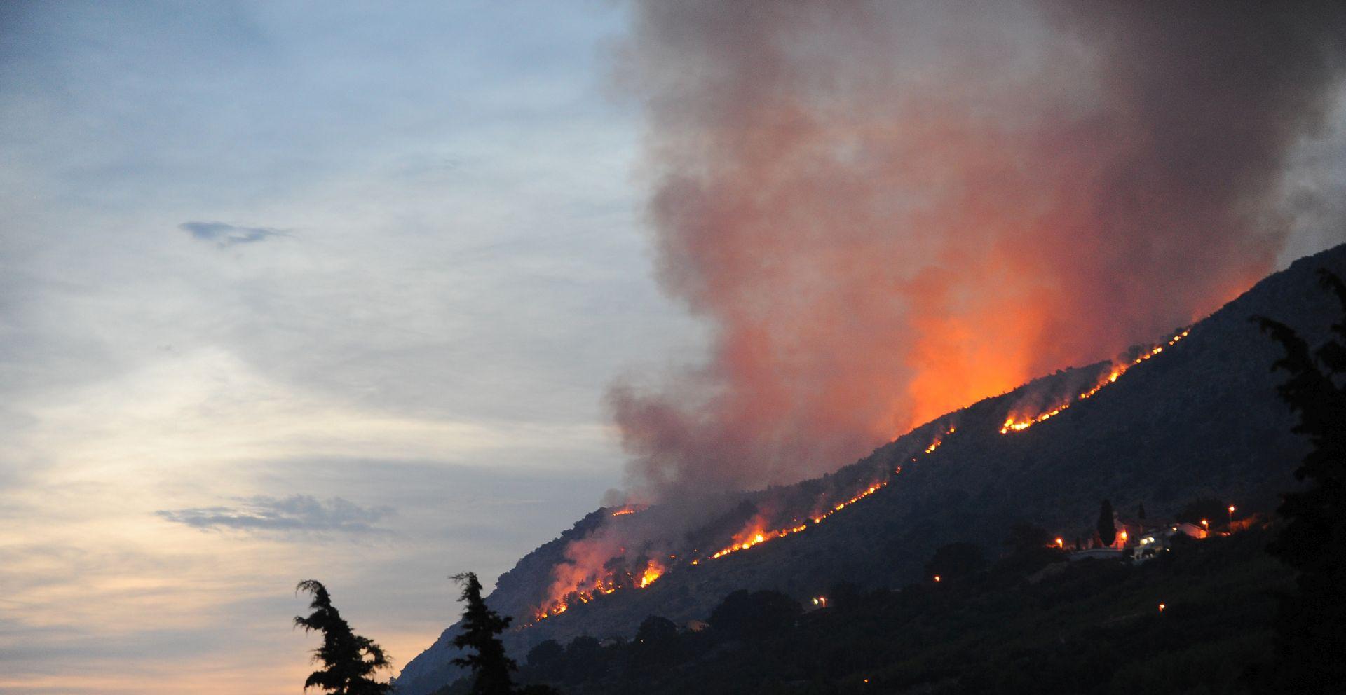 UGAŠEN POŽAR U ŠTEDRICI: Izgorjelo 80-tak hektara borove šume