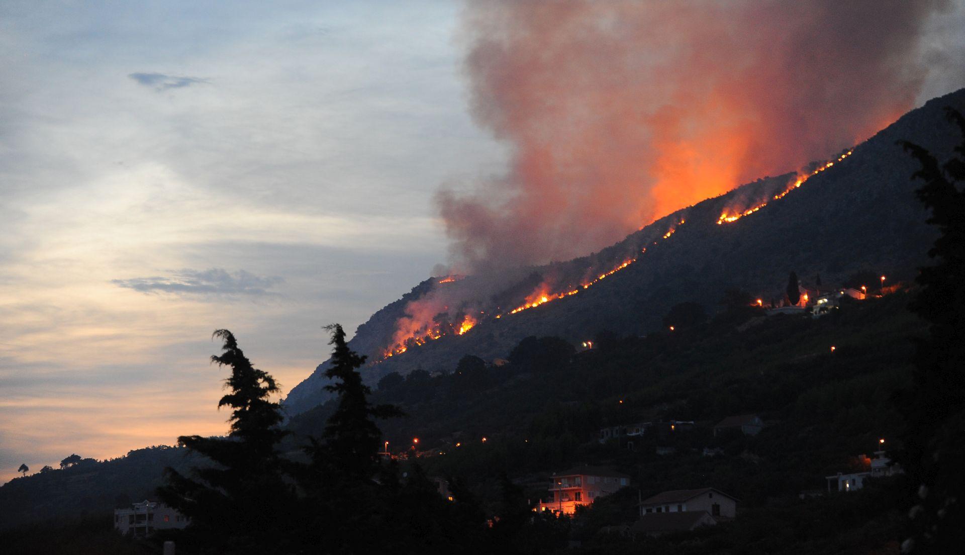 SIMOVIĆ: Ova subota je najvatreniji dan u godini, ugašeno šest požara, dva još aktivna