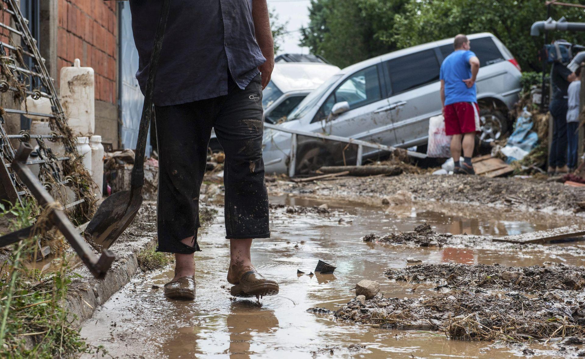 MONSUN U bujicama na sjeveru Tajlanda smrtno stradalo 27 ljudi