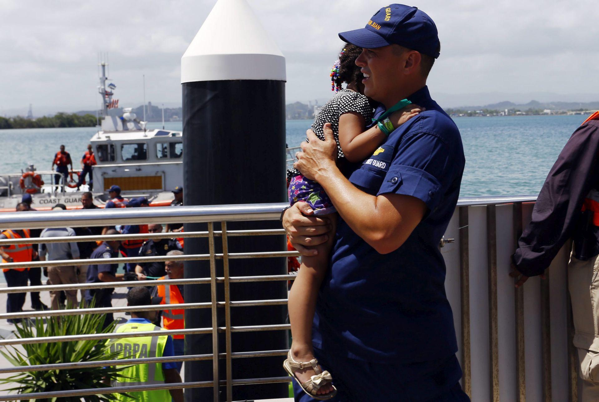POŽAR NA BRODU: Više od 500 osoba evakuirano s broda nadomak Portorika