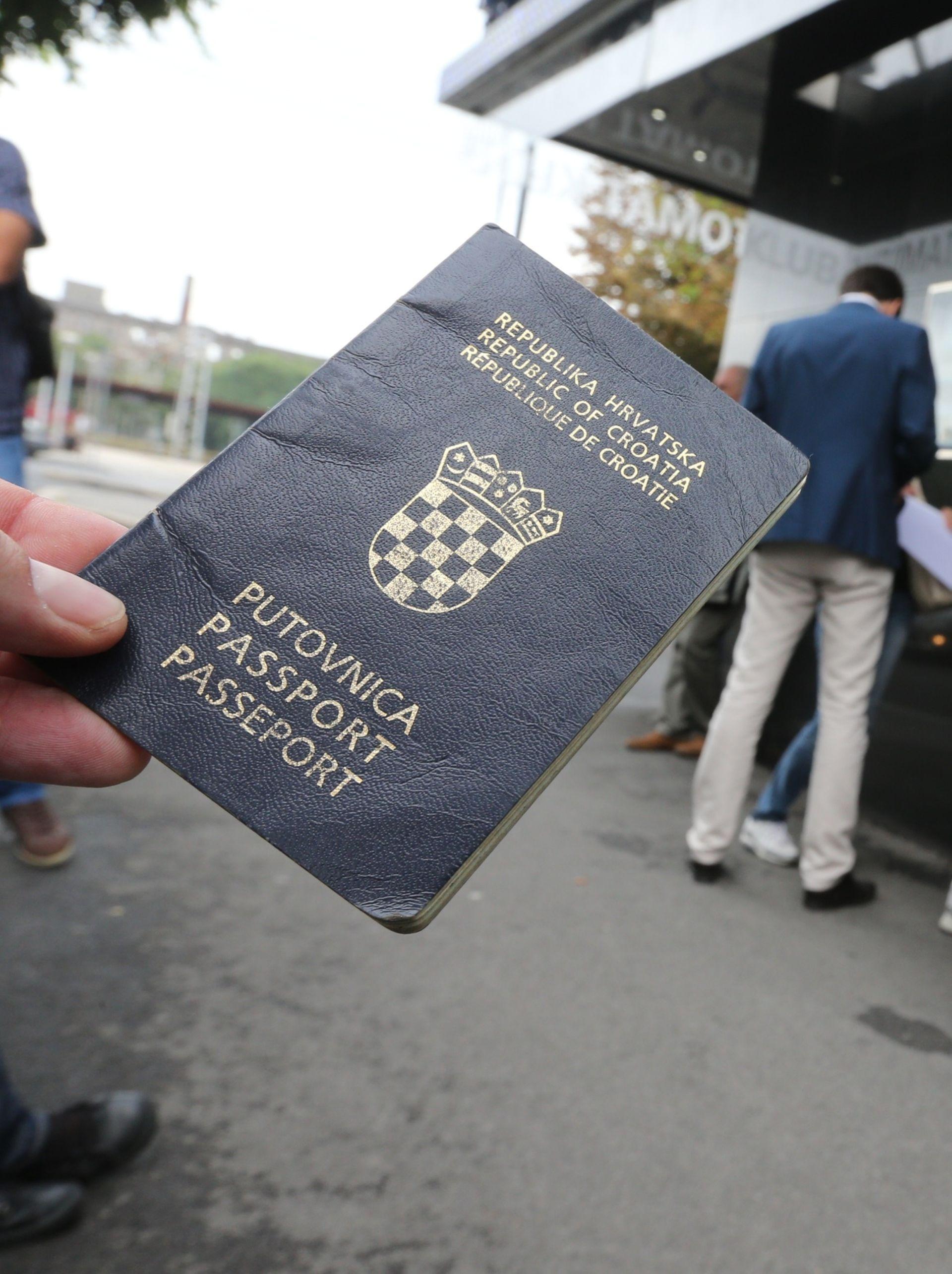 UHIĆENE U ŠPANJOLSKOJ: Pljačkašice s hrvatskim putovnicama