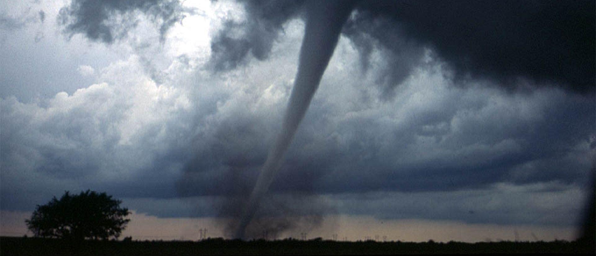 NEMA ŽRTAVA Tornado razarao kuće u središnjoj Indiani