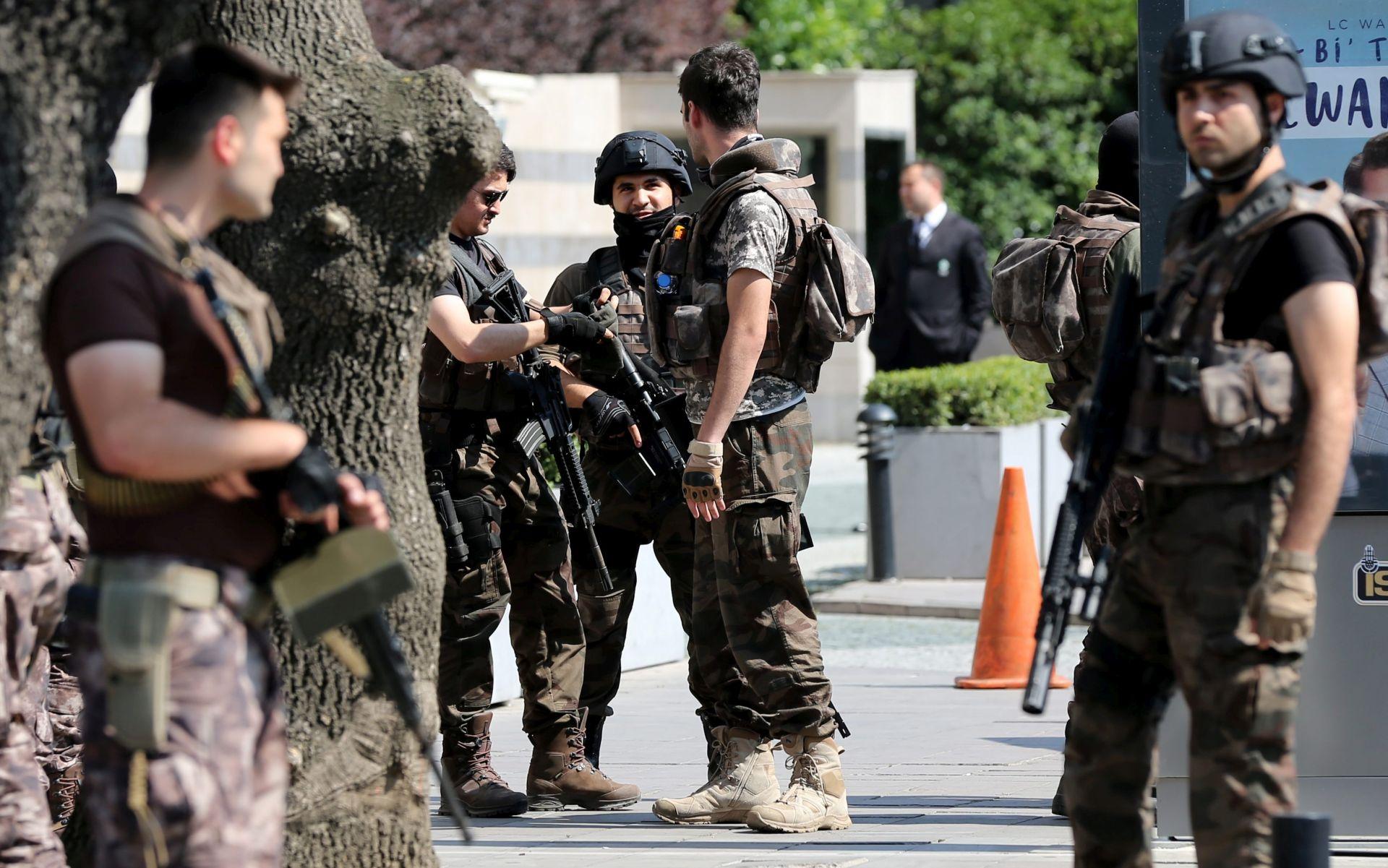 IZVORI Pet vojnika ubijeno, 8 ranjeno u napadu na jugoistoku Turske