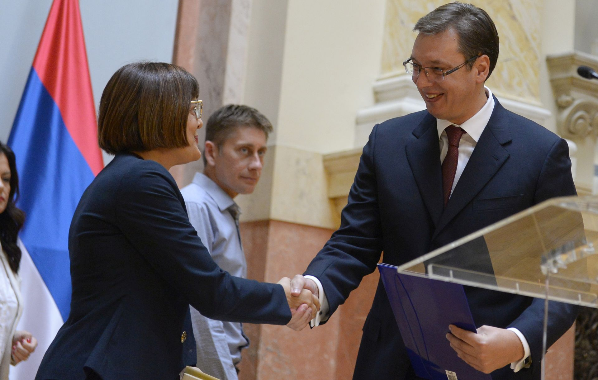"""SASTAV NOVE VLADE: Vučić predao prijedlog i najavio """"vladu napretka i blagostanja"""""""
