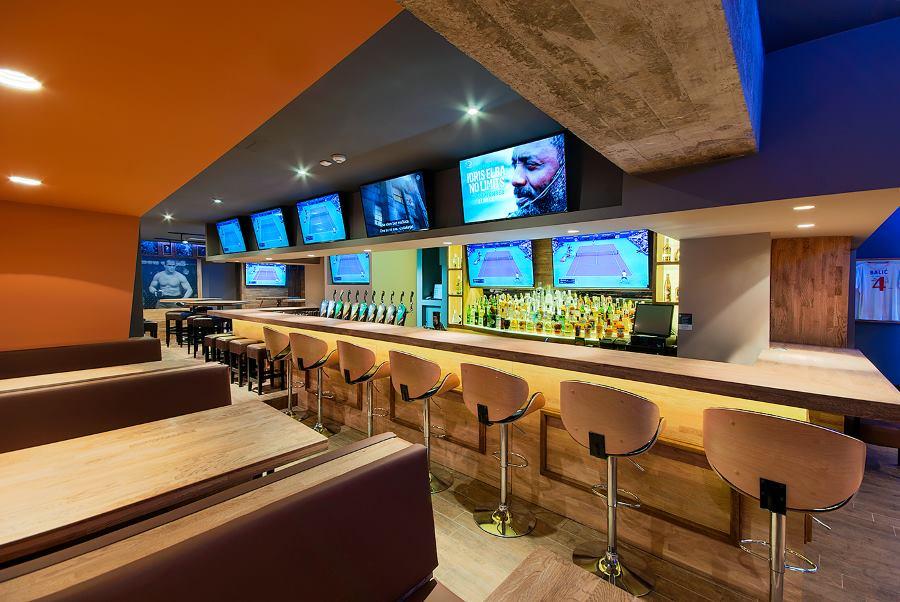 Brewbites - American restaurant&sports bar iznutra