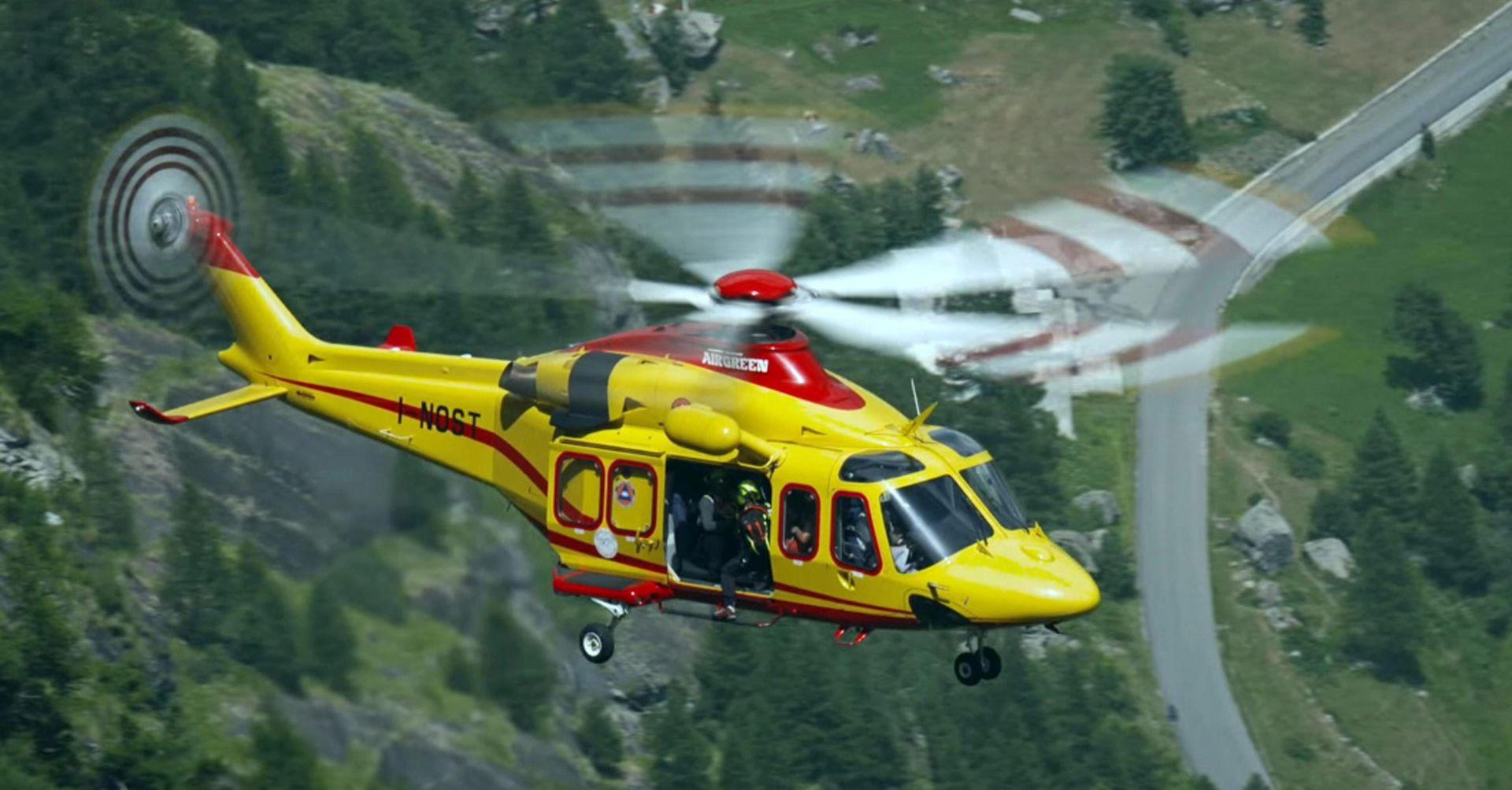 NASTAVLJA SE SPAŠAVANJE: 45 turista provelo noć zarobljeno na žičari u Alpama