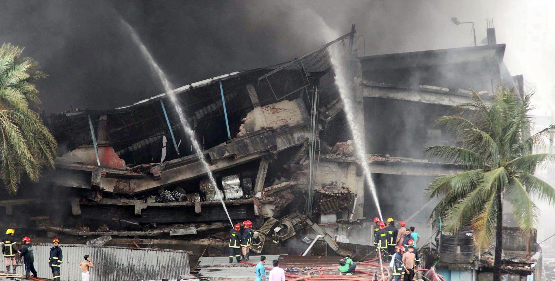 OGROMAN POŽAR U TVORNICI Najmanje 23 soobe poginule u Bangladešu, još 70 ozlijeđeno
