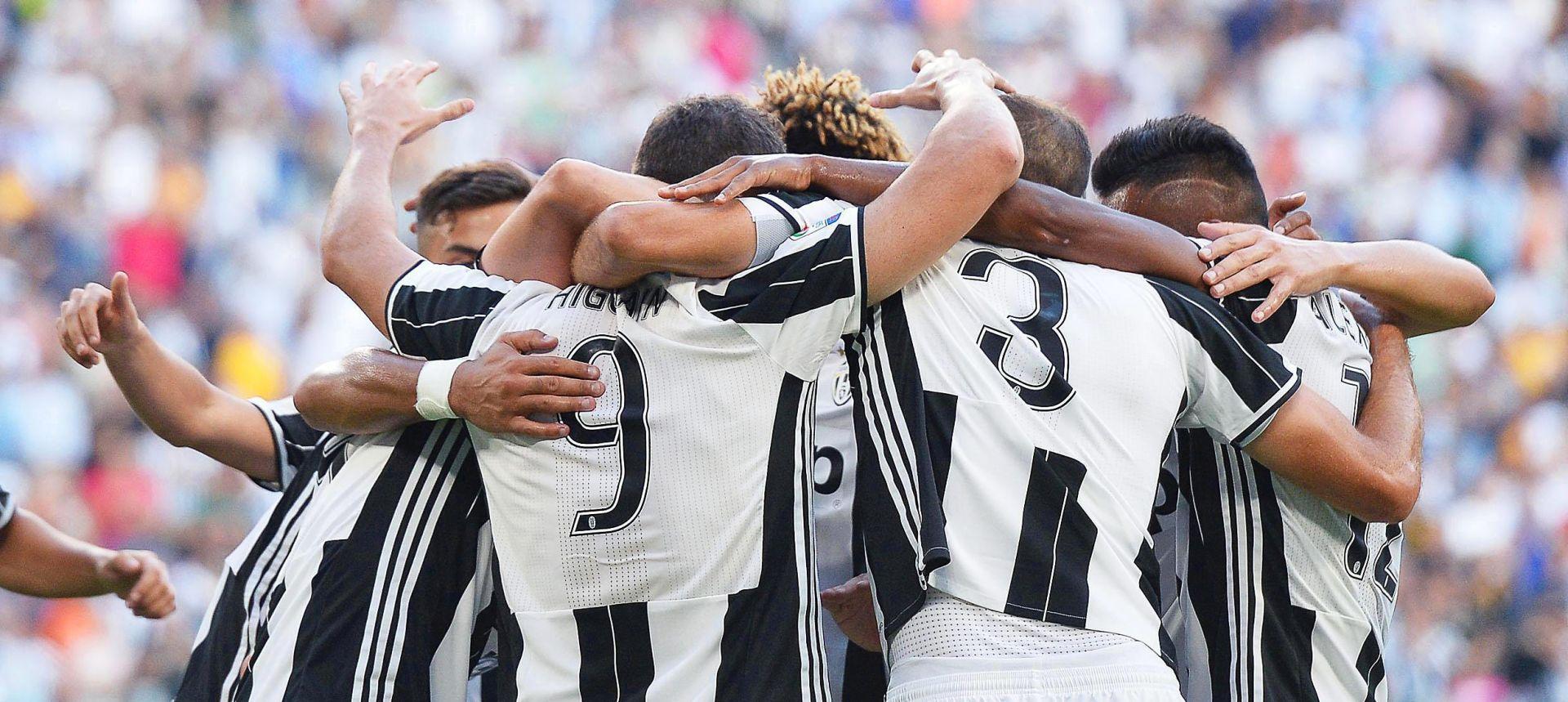 VIDEO: NAVIJAČKO NASILJE Sukobi u Sevilli, izboden navijač Juventusa