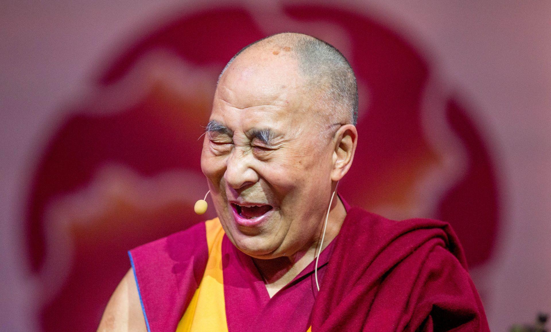 Kina prijeti protumjerama nakon govora Dalaj-lame u Europskom parlamentu