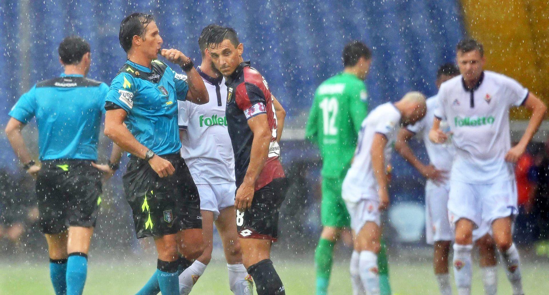 SERIE A Dvoboj Genoa – Fiorentina otkazan zbog kiše, prekid u Rimu