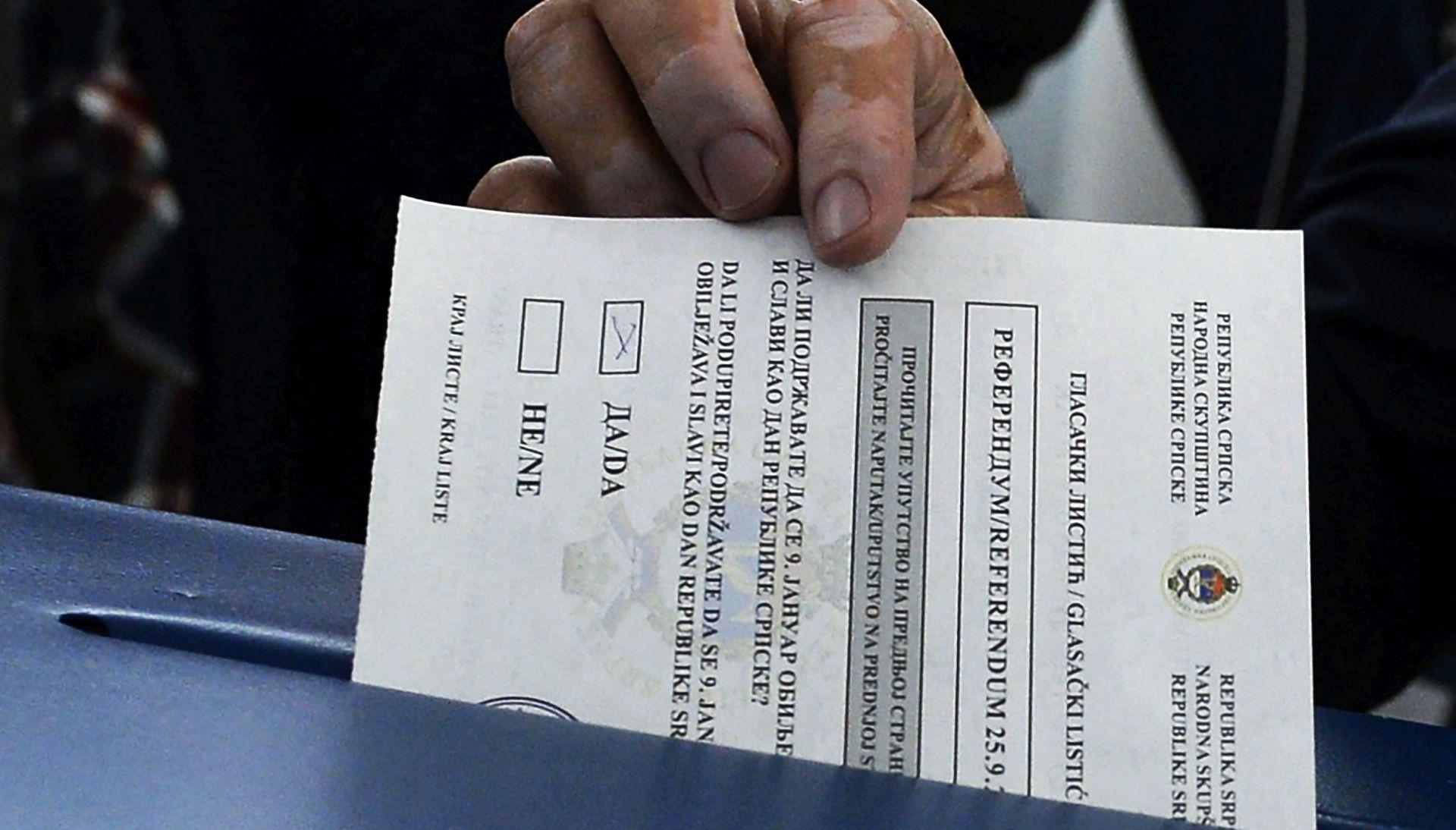 EK ponavlja da je referendum nezakonit i poziva sve strane u BiH na suzdržanost