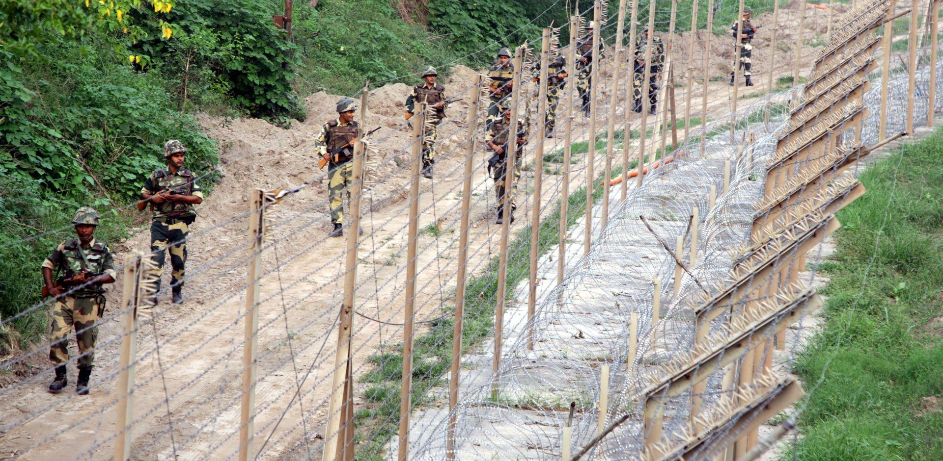 """INDIJSKA VOJSKA """"Izveli smo kirurške napade protiv militanata u Kašmiru"""""""