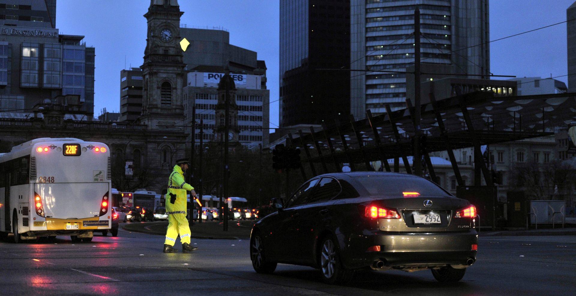 """U Australiji cijela savezna država bez struje nakon """"neviđene"""" oluje"""