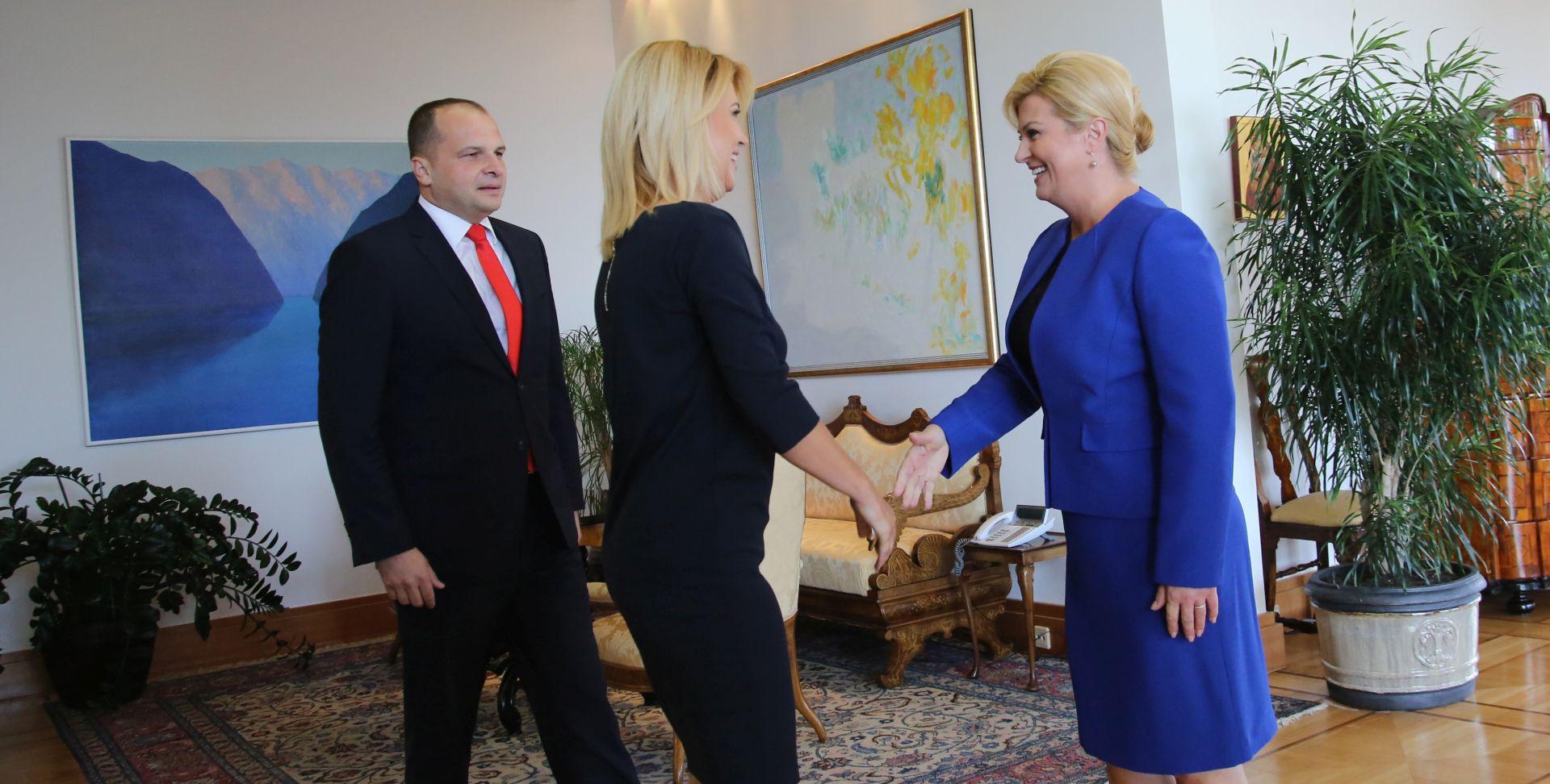 """Predsjednica upitala SDP-ovce: """"A nema Zorana?"""""""