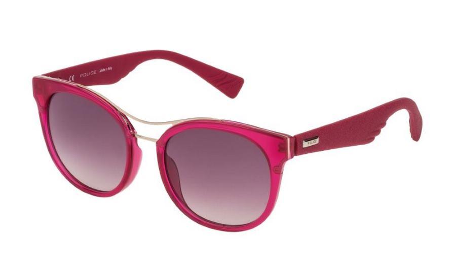 Ženski model nove kolekcije naočala Police