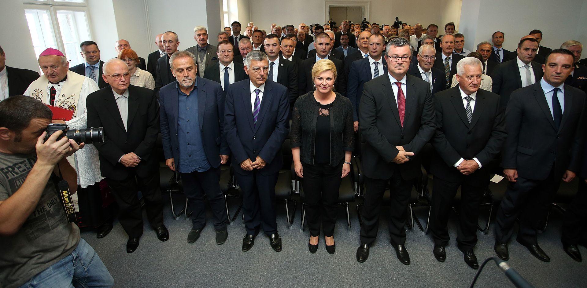 """GRABAR KITAROCIĆ """"Jamčim da ćemo riješiti pitanje optužnica protiv hrvatskih branitelja"""""""