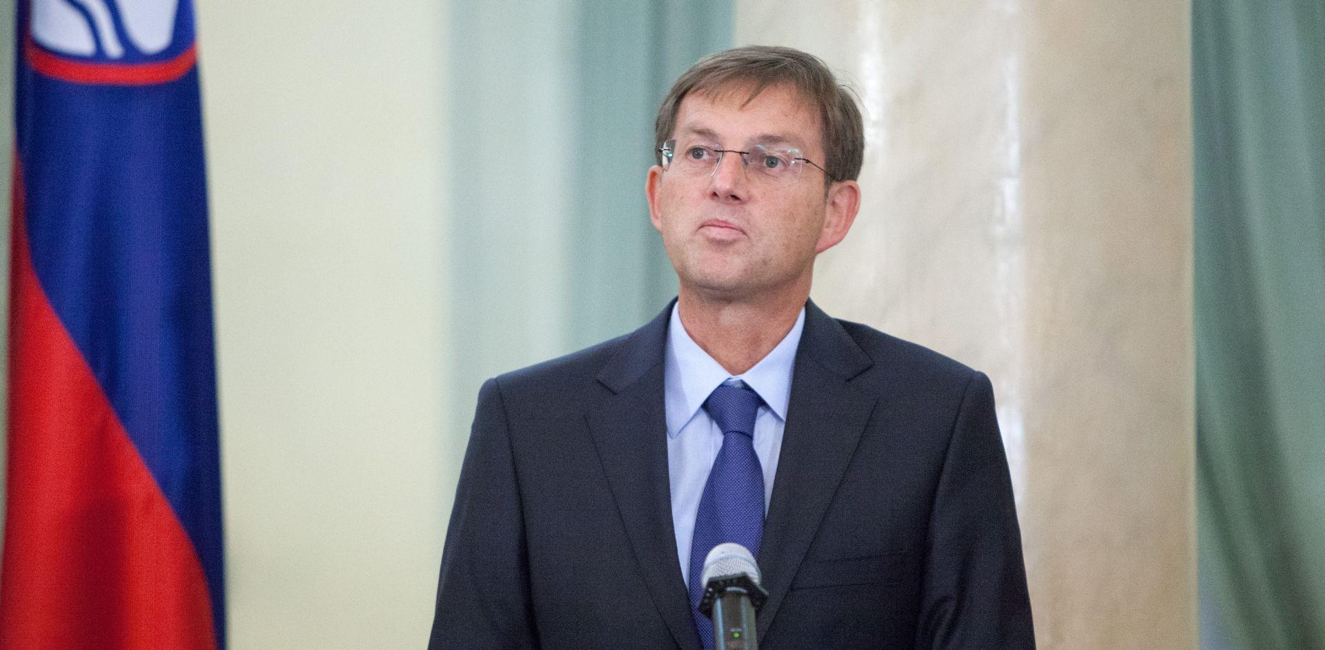 Cerar optužio oporbu za manipulacije problematikom izbjeglica