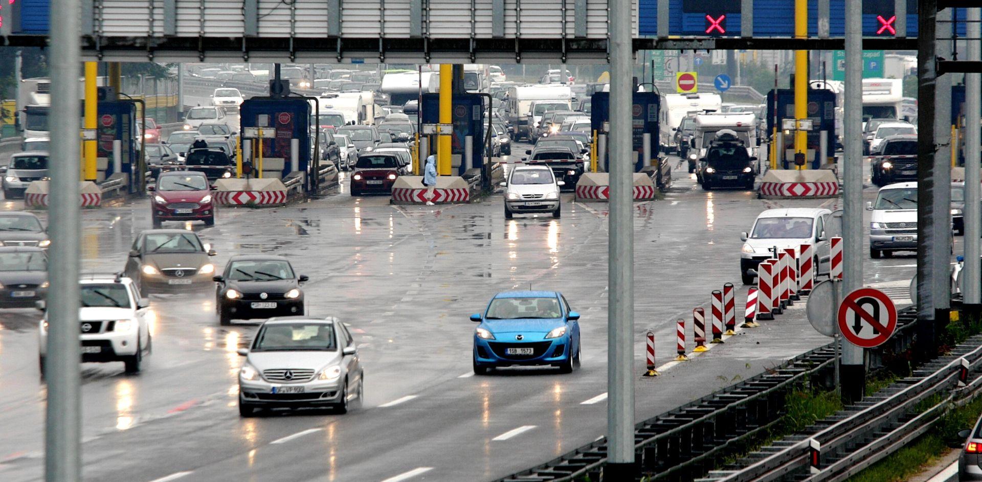 HAK Kolnici mokri i vlažni, pojačan promet teretnih vozila na Bregani