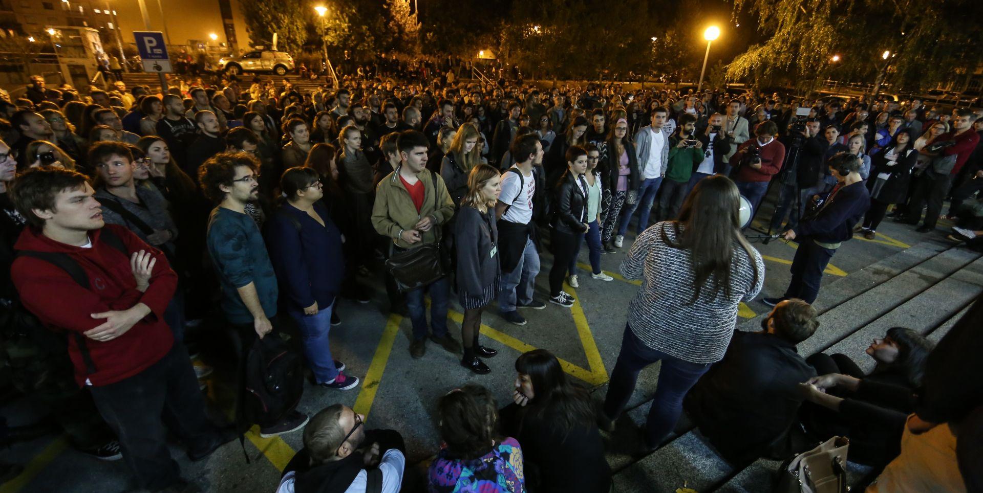 """""""SANKCIJA PENDREKOM I SUZAVCEM"""" Studenti FFZG-a odgovorili Glasnoviću"""