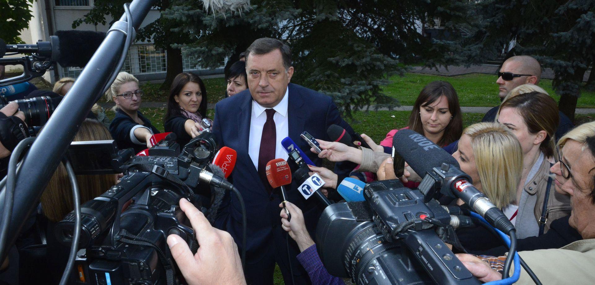 """99.7% ZAOKRUŽILO 'DA' Dodik: """"Ne plašim se uhićenja, Ustavni sud proveo je političko nasilje"""""""