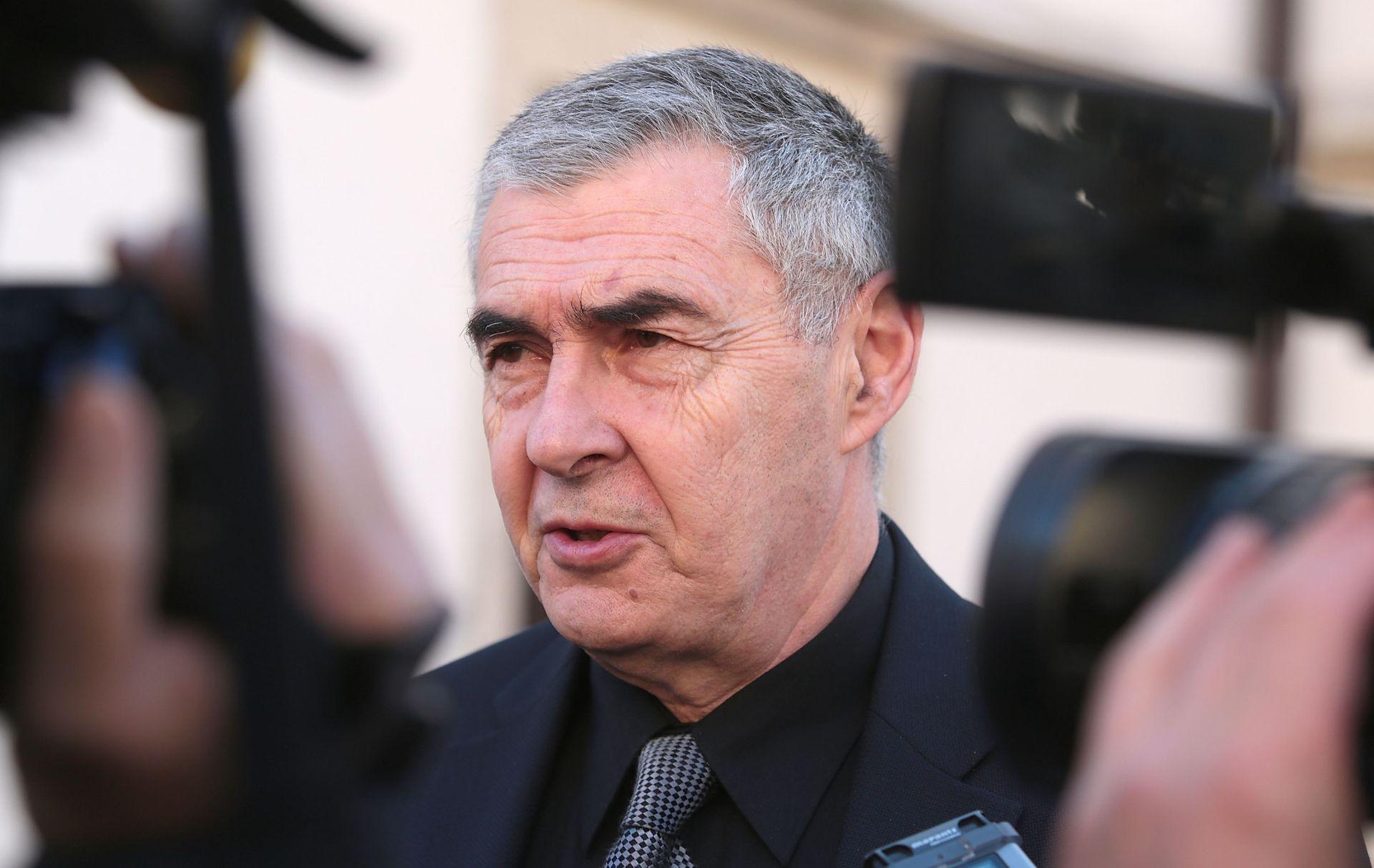 """GLASNOVIĆ IZAZVAO VELIKU BURU SVOJIM KOMENTARIMA Ivan Vrdoljak: """"Danas je tužan dan za hrvatsku demokraciju"""""""