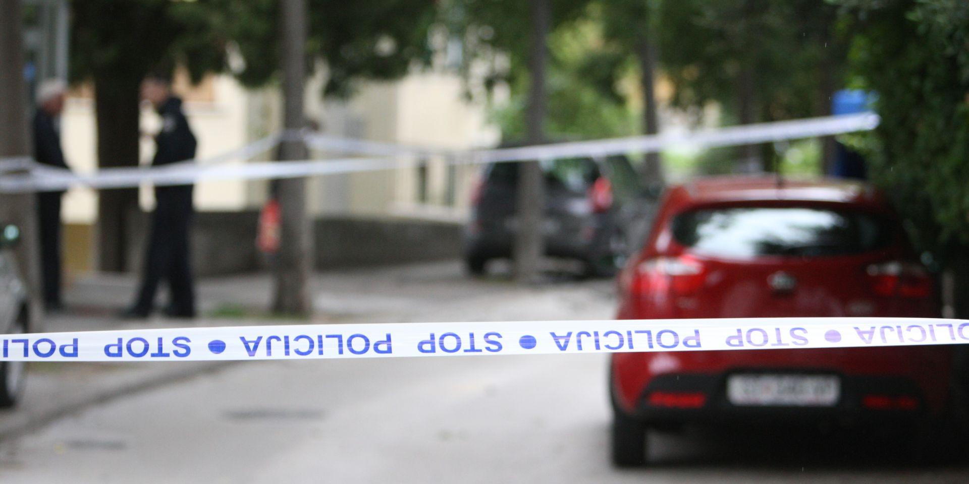 KARLOVAC Prolaznik na ulici promašao leš mladića, policija očevidom utvrđuje uzrok smrti