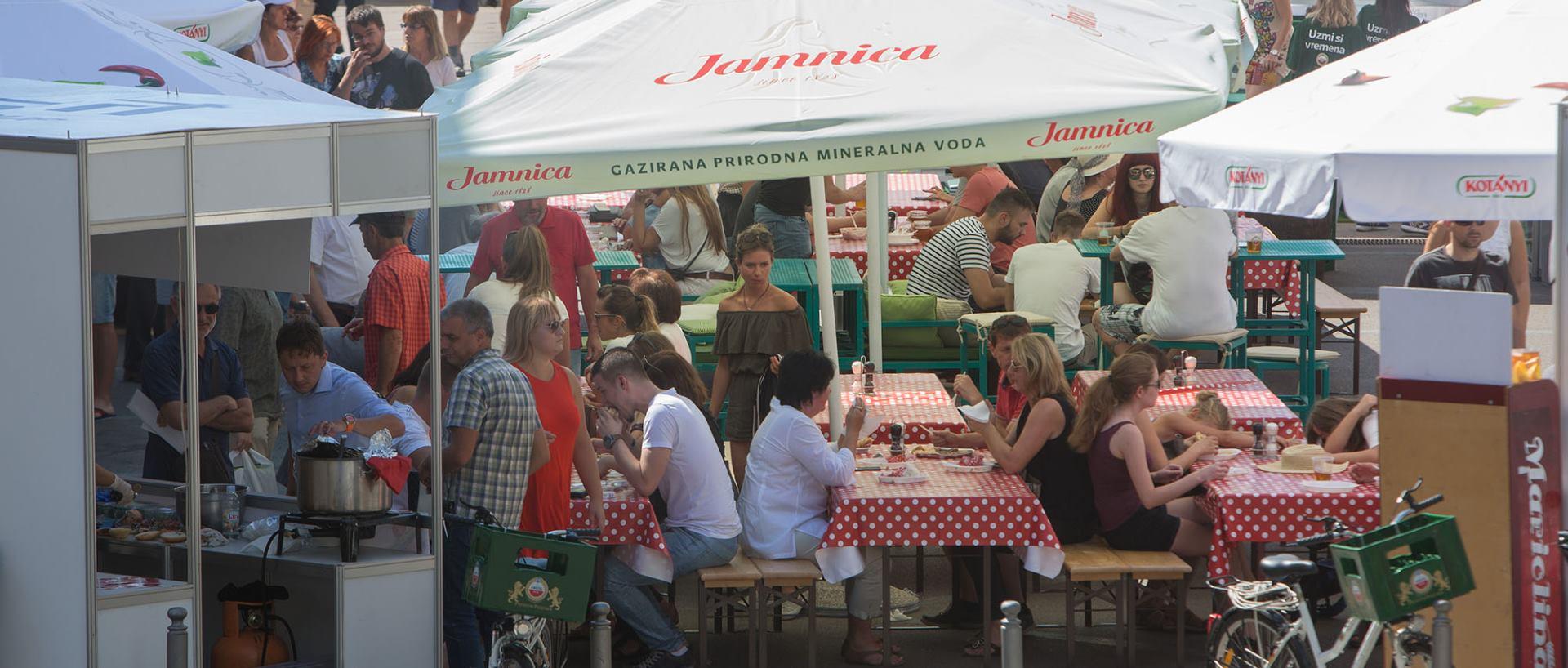 RIJEKA FOOD FESTIVAL Tijekom dva dana trajanja festival je posjetilo više od 3500 posjetitelja