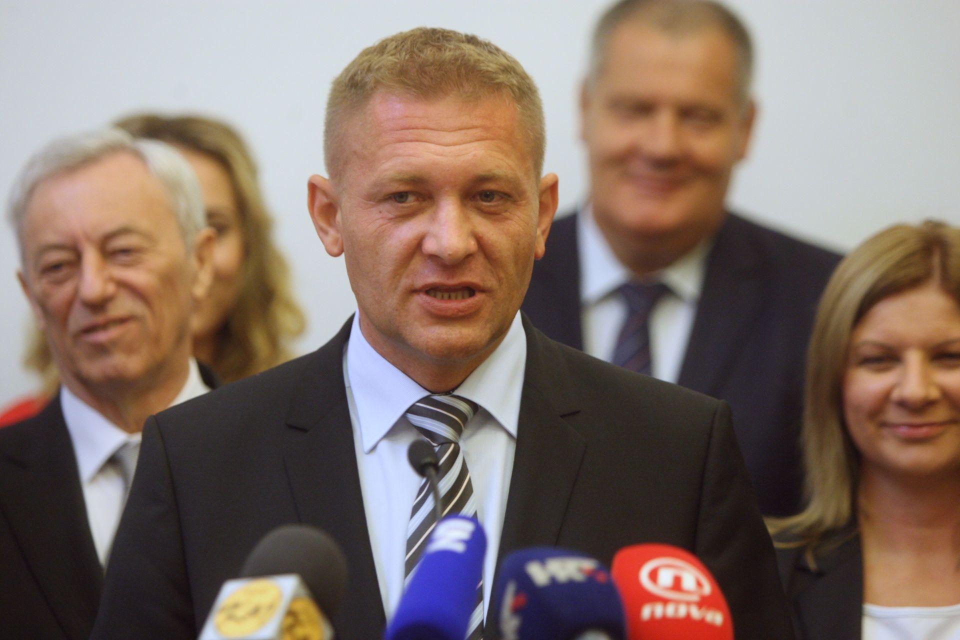KREŠO BELJAK: 'Dat ćemo im 100 dana prilagodbe i nakon toga ćemo biti prava opozicijska stranka'