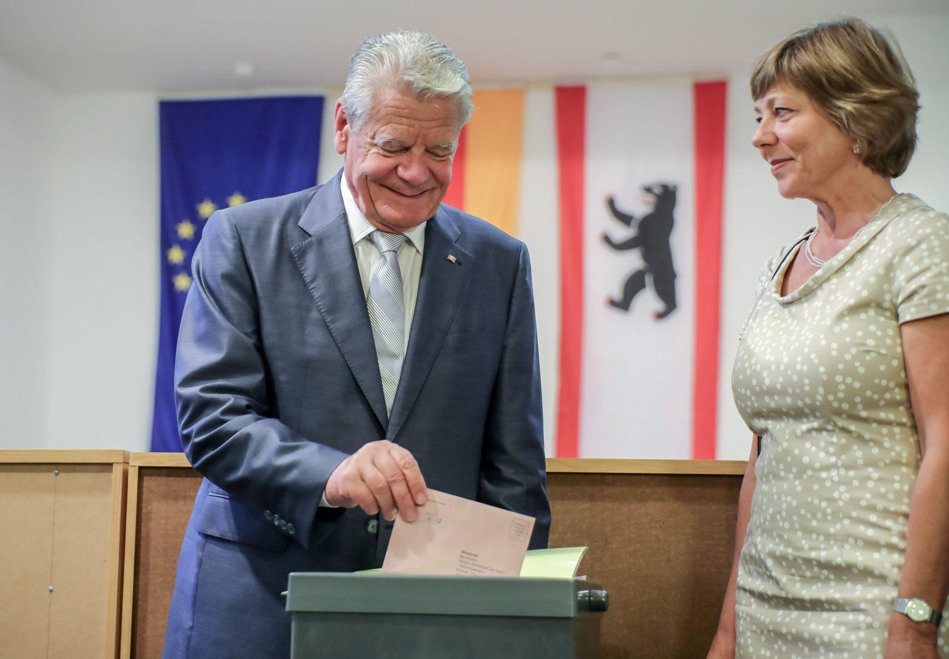 PREDVIĐAJU SE GUBICI SPD-a: Otvorena birališta u Berlinu