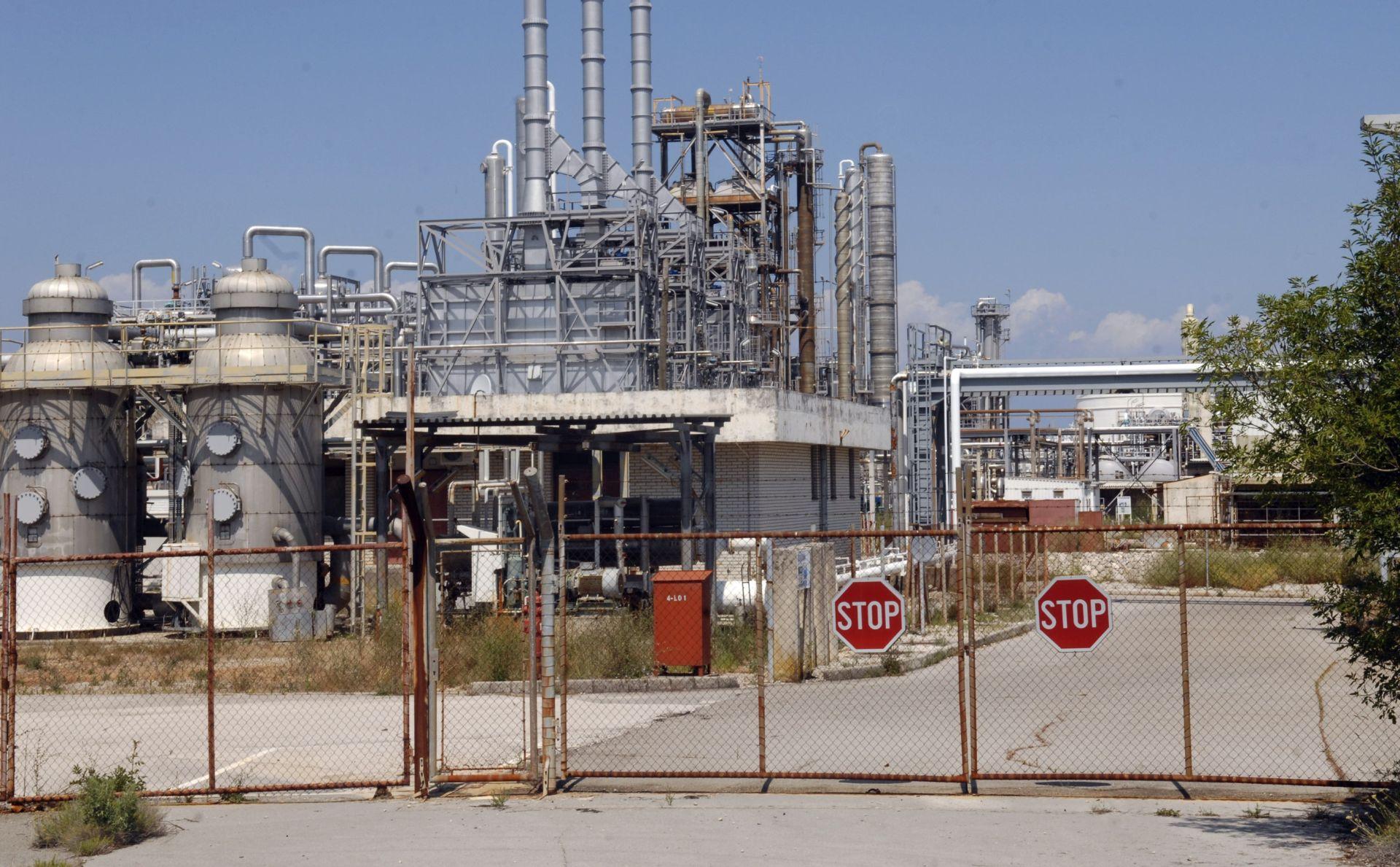 MINISTARSTVO ZAŠTITE OKOLIŠA: Nema opasnosti za ljude i okoliš, traži se rješenje za preostale kemikalije u Dini