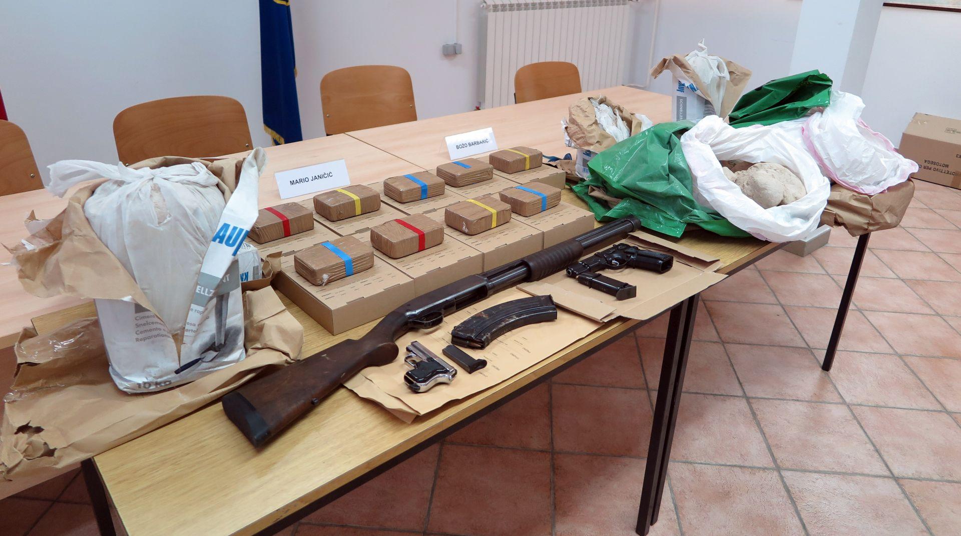 """AKCIJA """"OSA"""": Heroin zaplijenjen u Istri trebao je završiti na lokalnom narko tržištu"""
