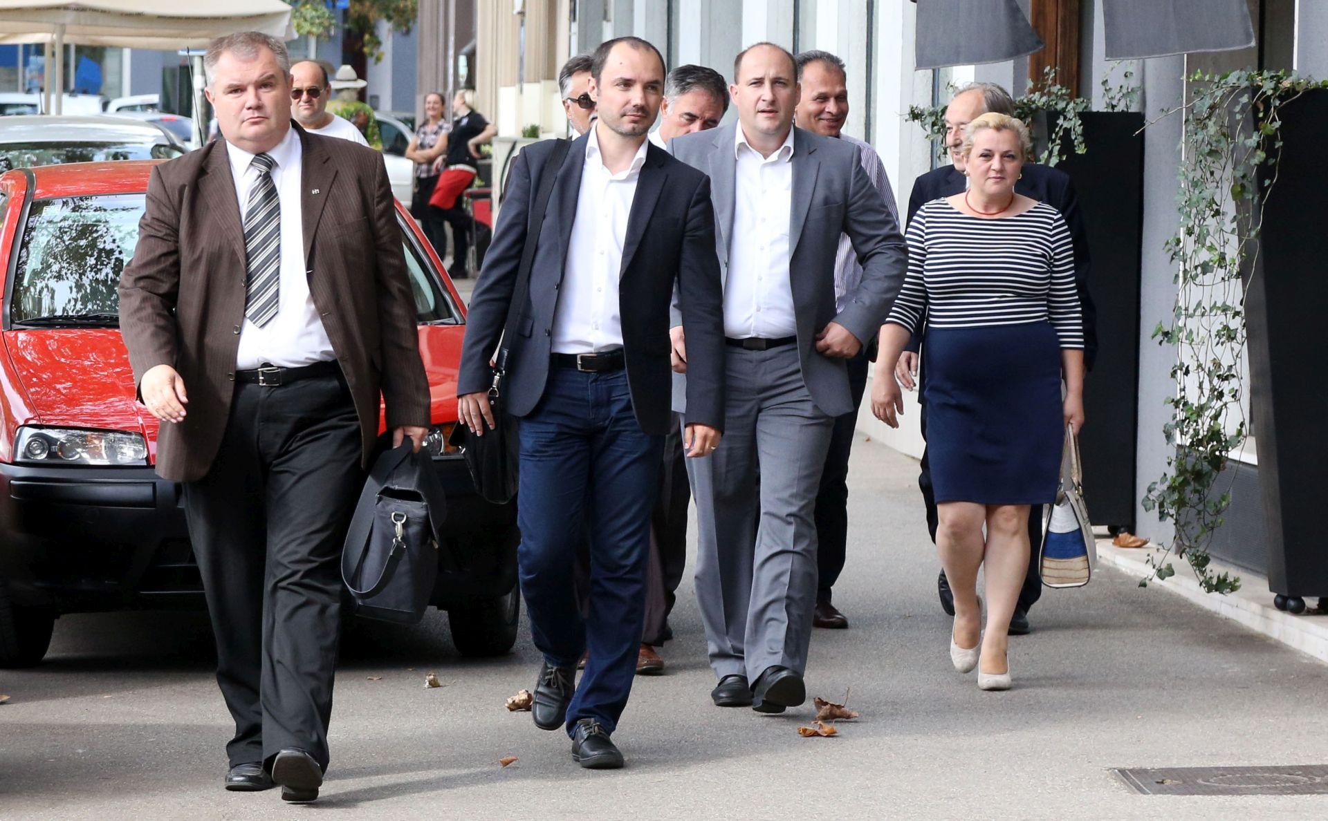 ROBERT JANKOVICS: 'Suglasili smo se podržati Plenkovića za budućeg mandatara'