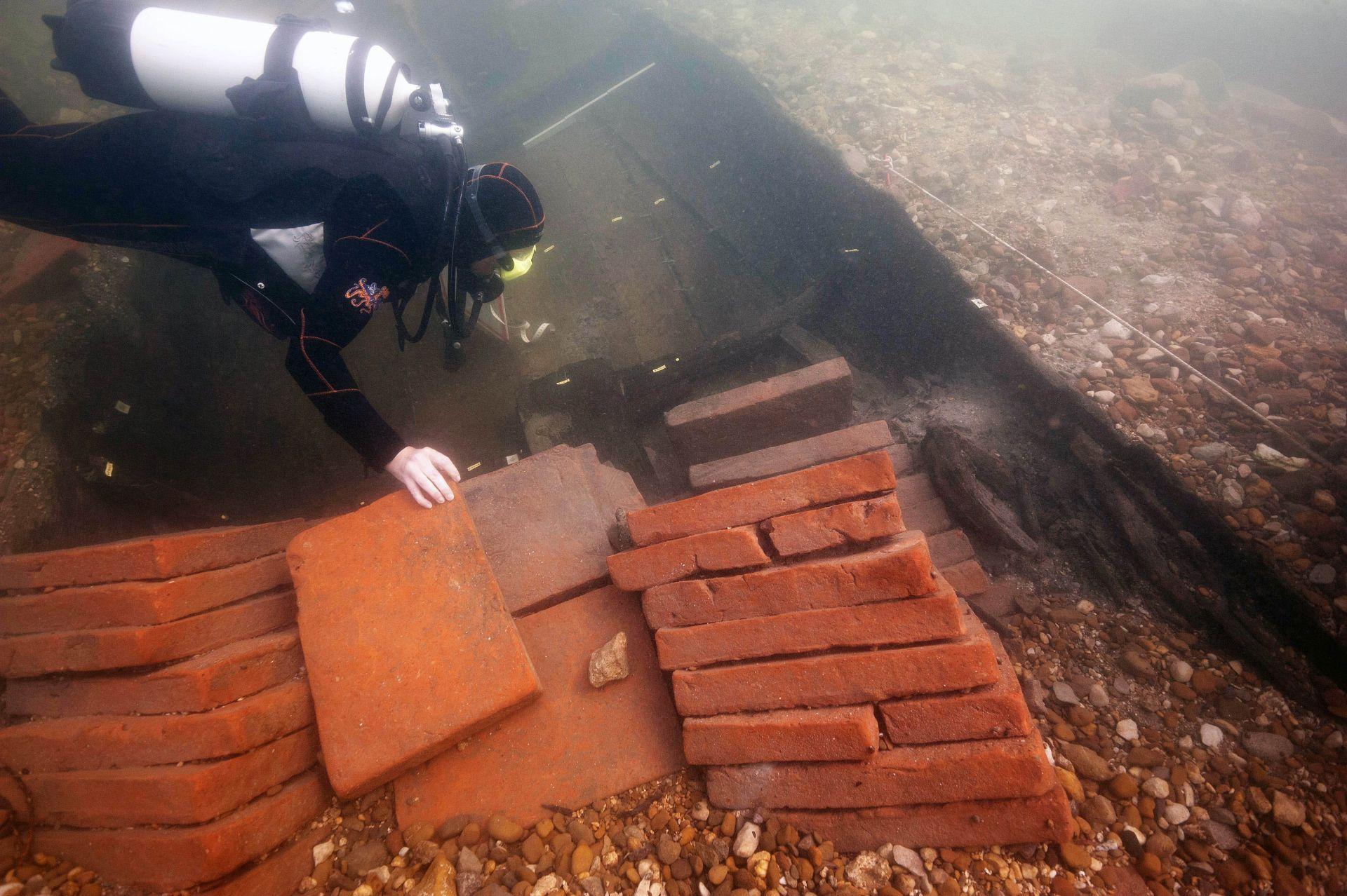 ARHEOLOGIJA: Istraživanje olupine broda iz antičkog doba u rijeci Kupi