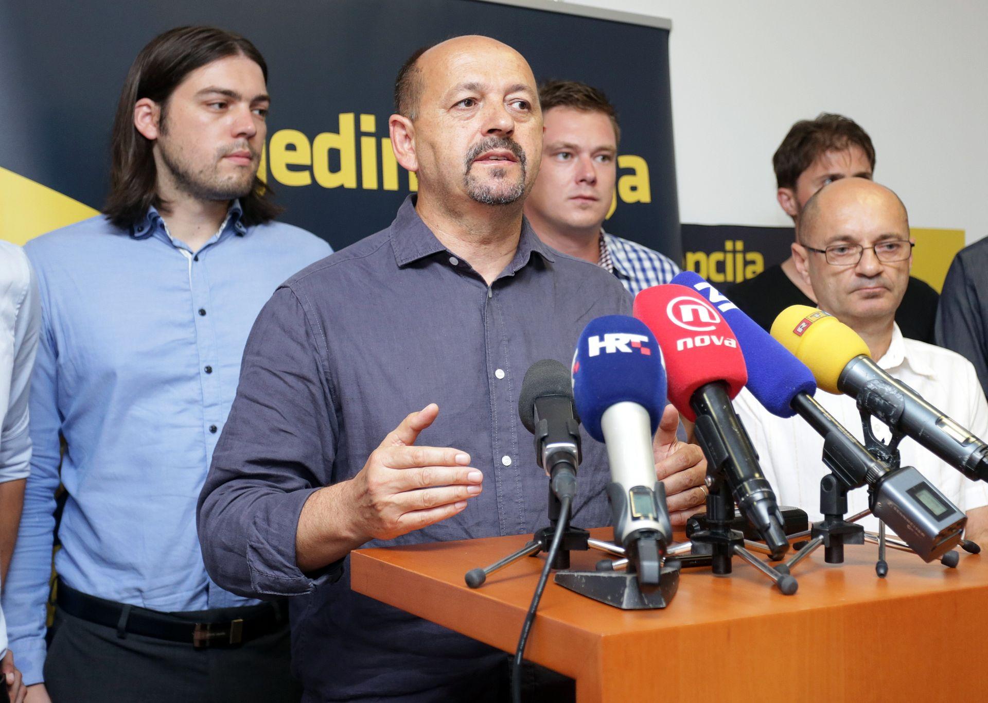 """REAKCIJA NA OPTUŽBE Lovrinović: Preko Runtića se pokušava destabilizirati """"Jedina opcija"""""""