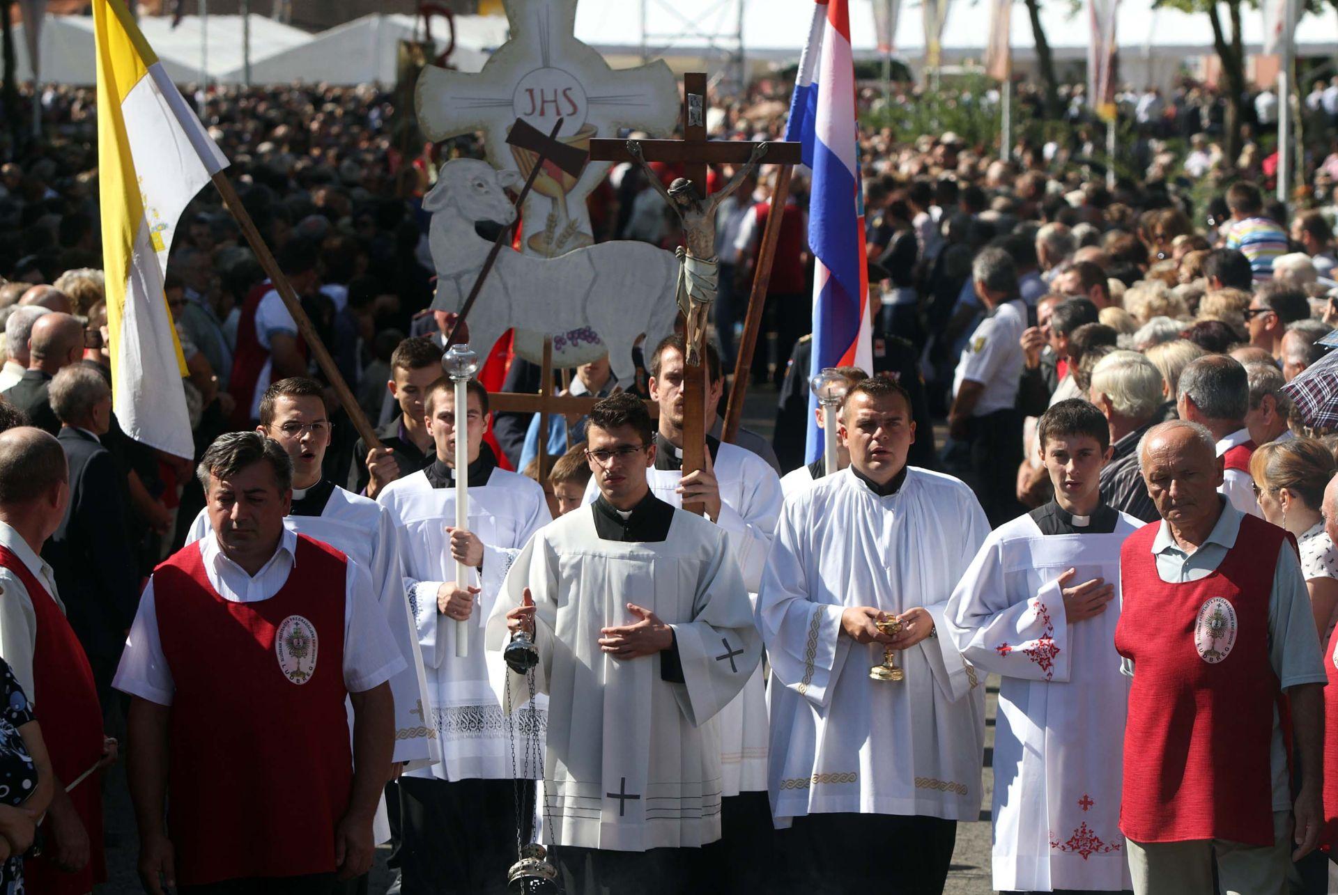 LUDBREG Desetci tisuća vjernika u svetištu Predragocjene Krvi Kristove