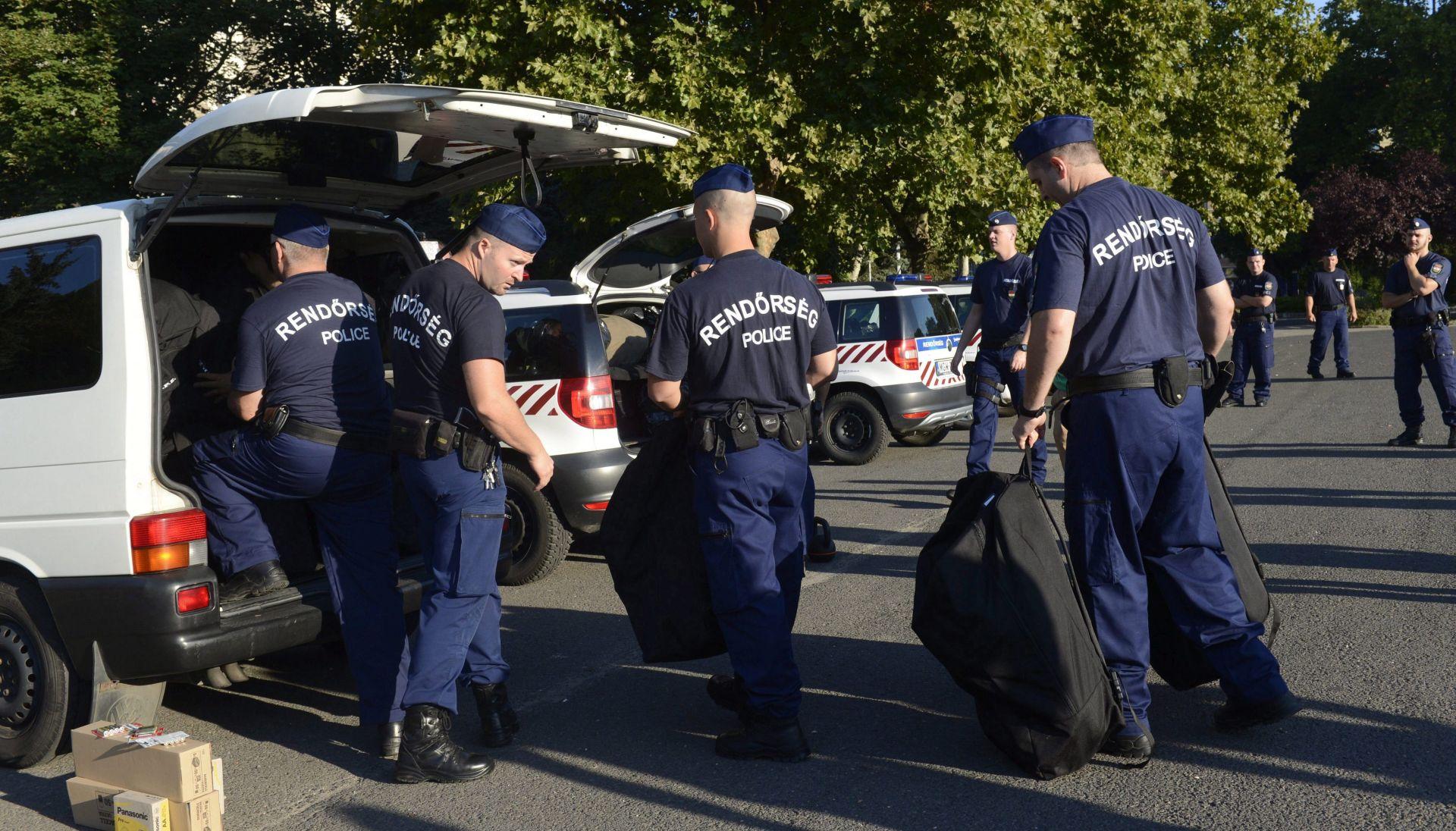 """POLICIJSKI OGLAS: Mađarska traži 3000 """"graničnih lovaca"""" na migrante"""