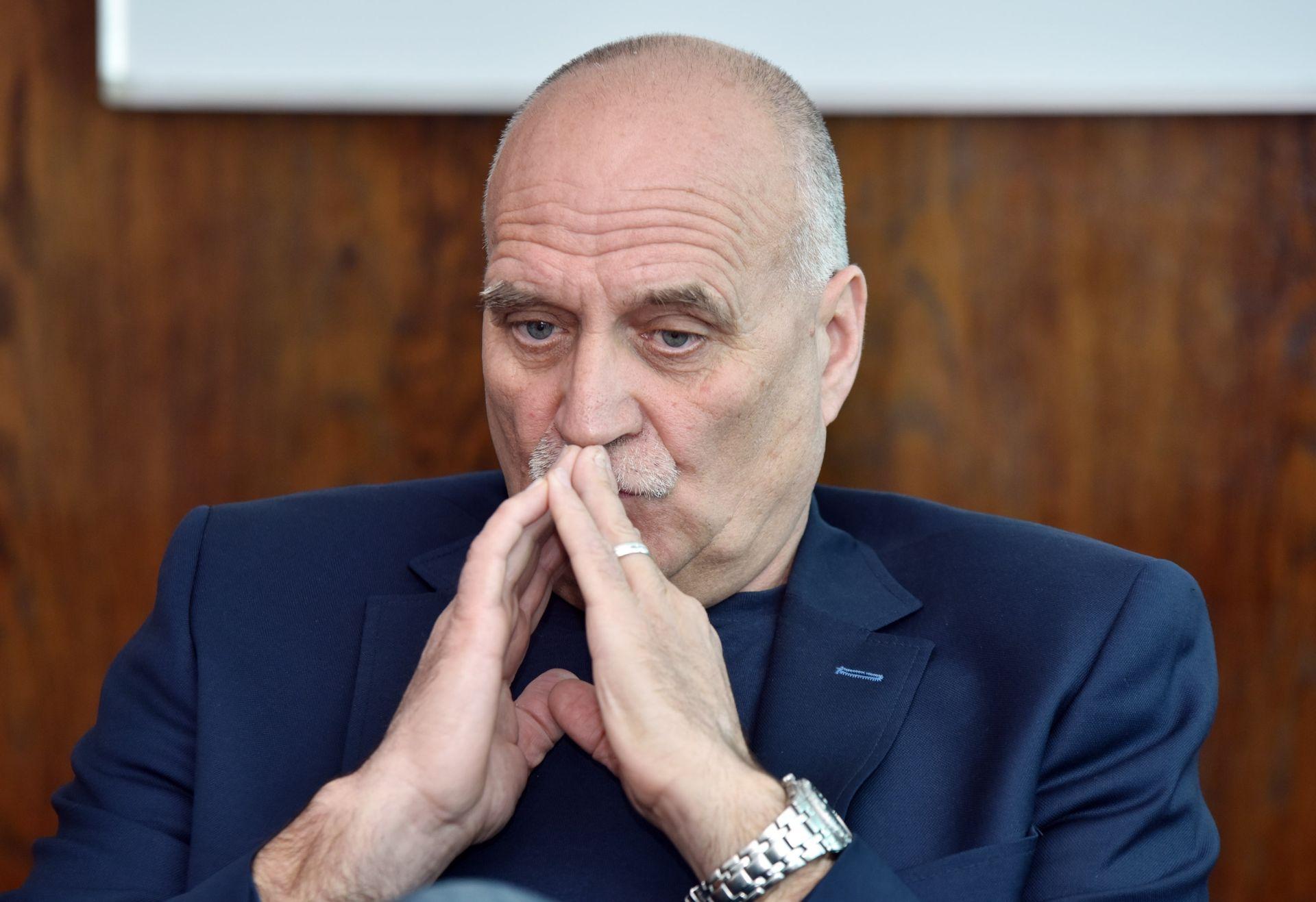 PREDSTAVNICI SINDIKATA LJUTI: Napustili sastanak zbog kašnjenja Andreja Plenkovića