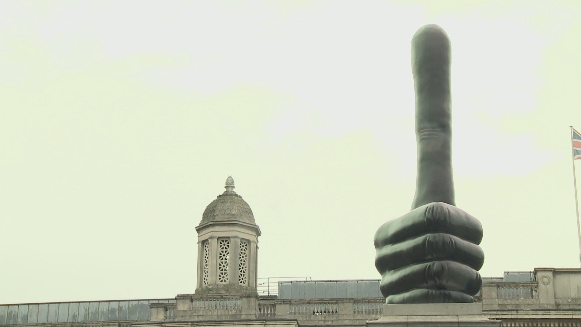VIDEO: Četvrti postament na Trafalgar trgu dobio skulpturu