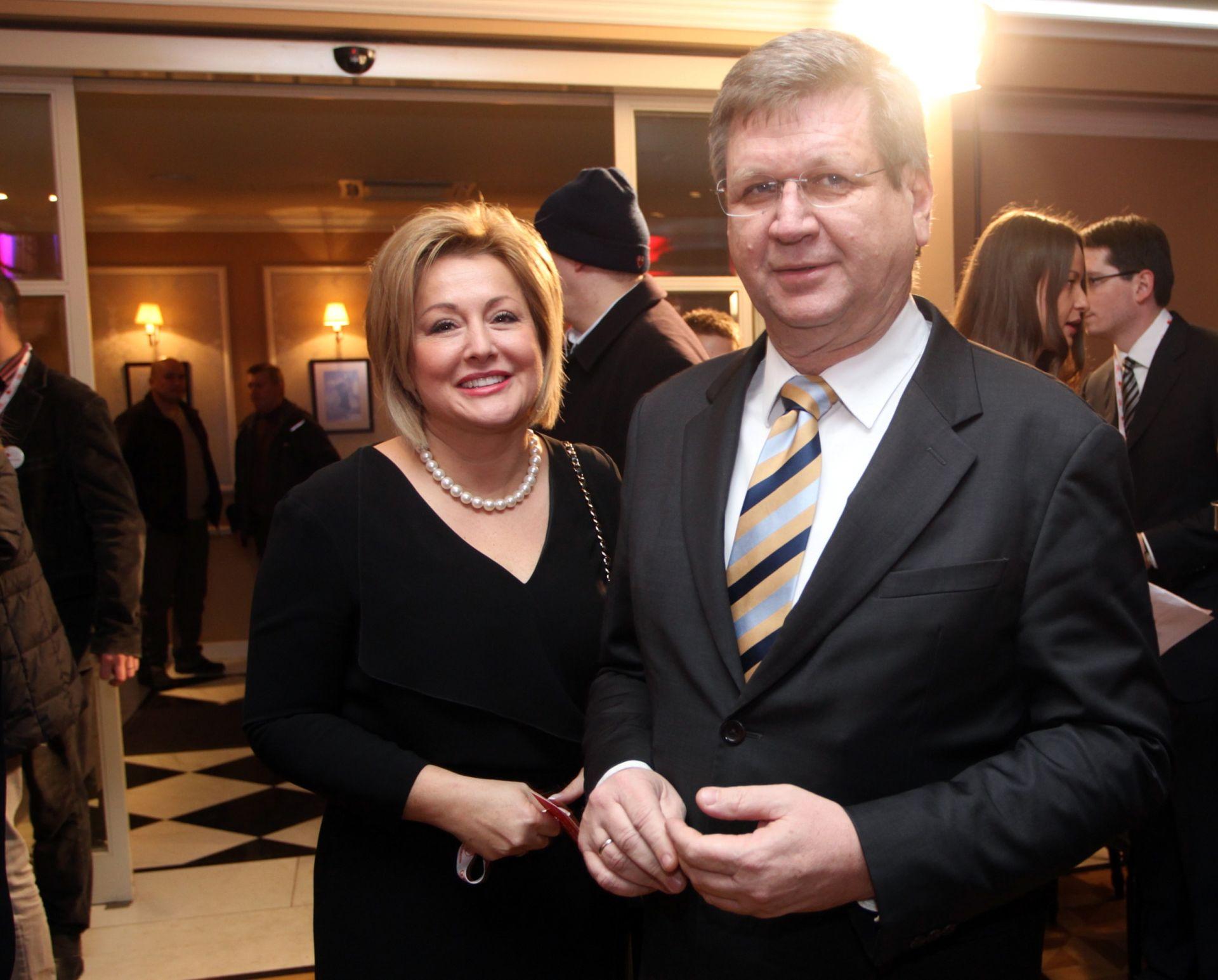 UNATOČ IZVRSNOM POSLOVANJU: Tvrtka Mrsićeve supruge duguje HZZO-u 10,6 milijuna kuna