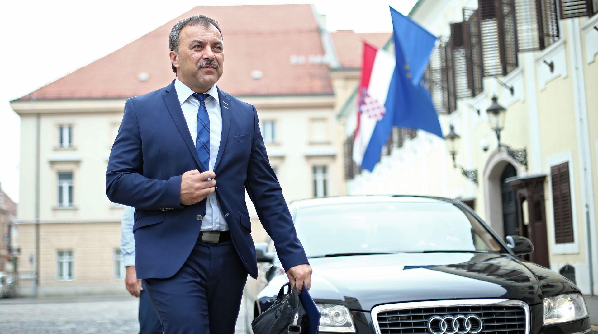 MINISTAR OREPIĆ: 'U ovom trenutku ništa ne ukazuje na veliki migrantski val'