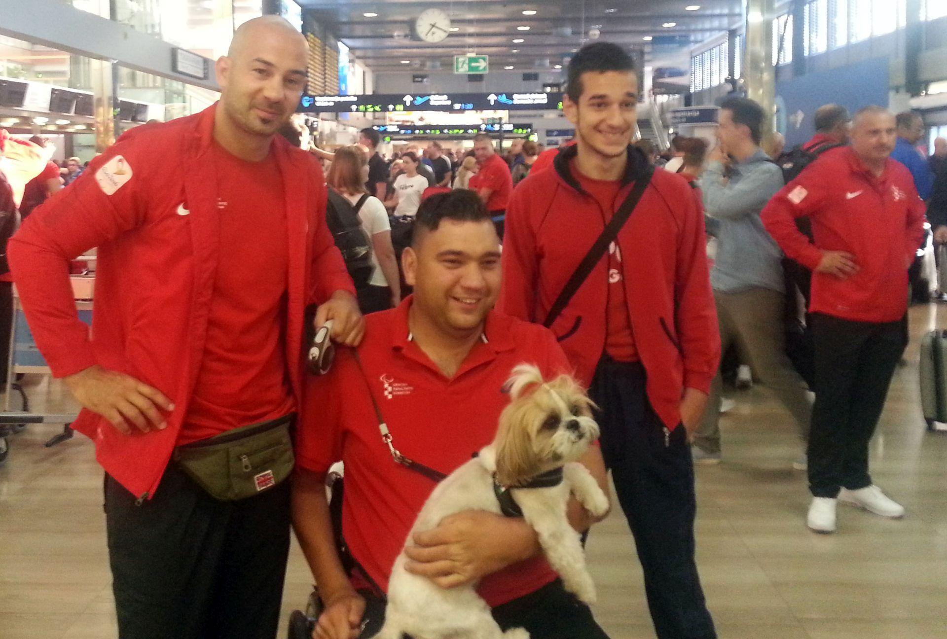 POI RIO: Prvi hrvatski paraolimpijci stigli u Rio de Janero