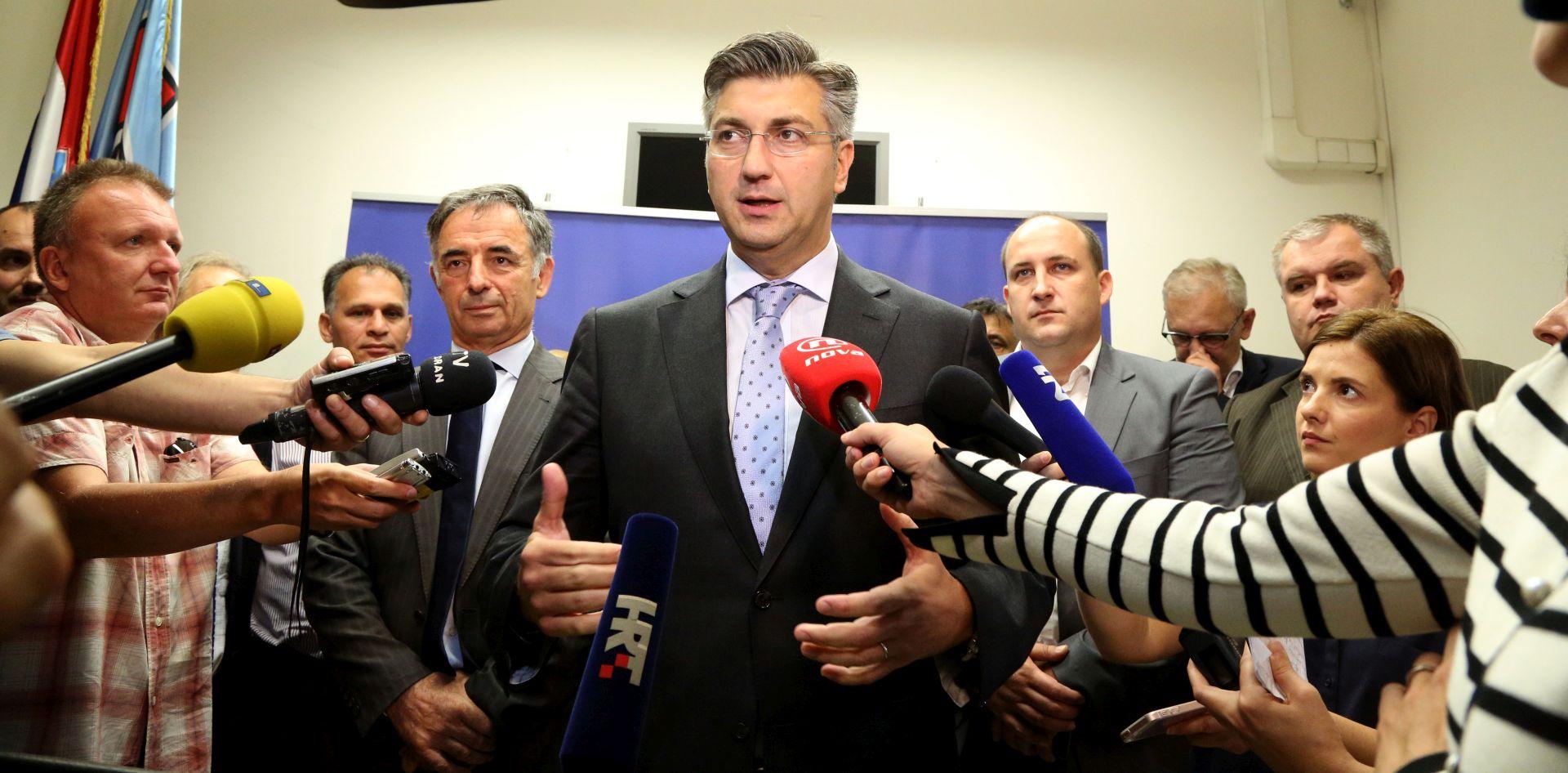PLENKOVIĆ: 'Vrata za suradnju s HSS-om su otvorena, s Marijanom Petir odlično surađujem'