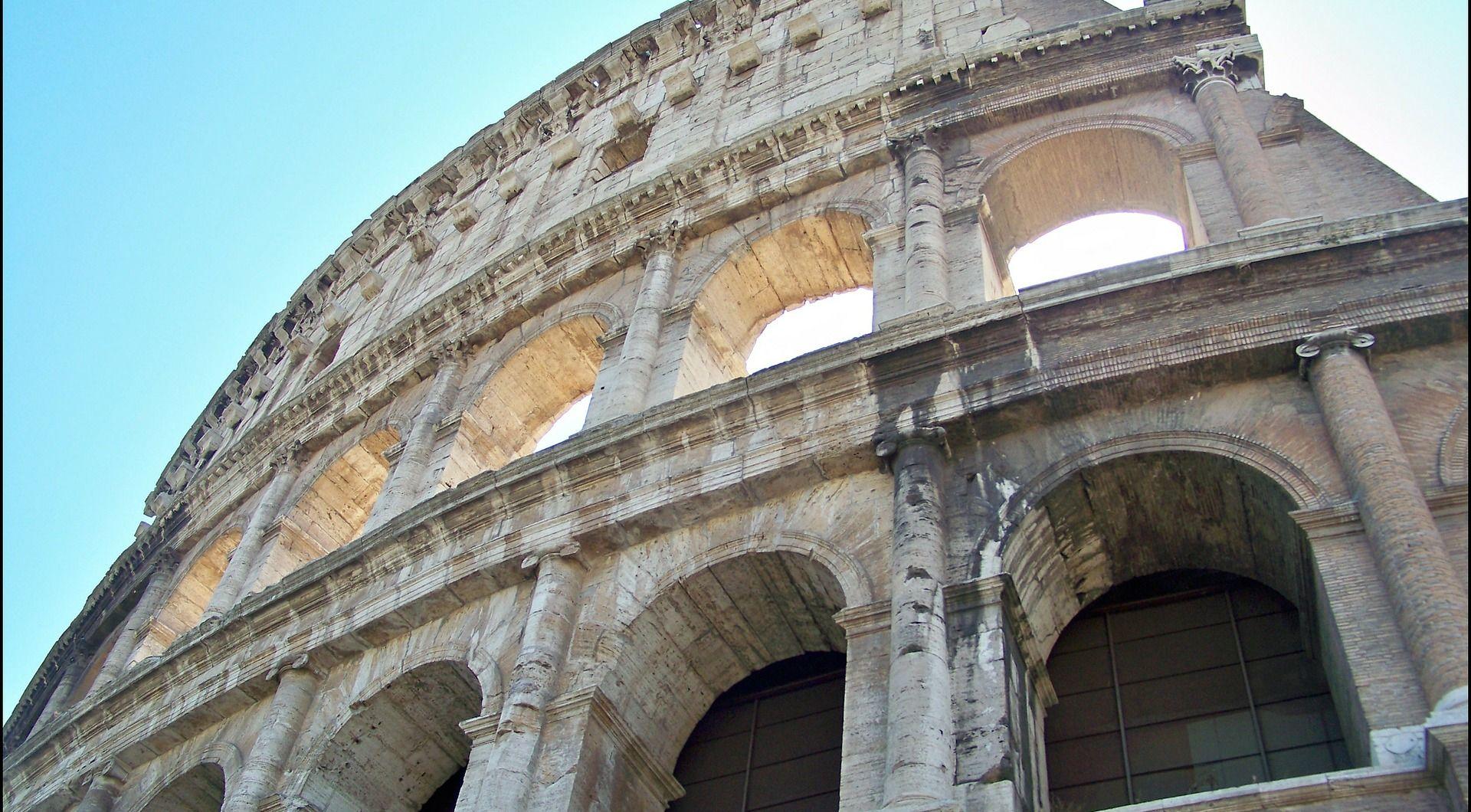 U Rim u sklopu izložbe 'ujahalo' 40 skulptura konja
