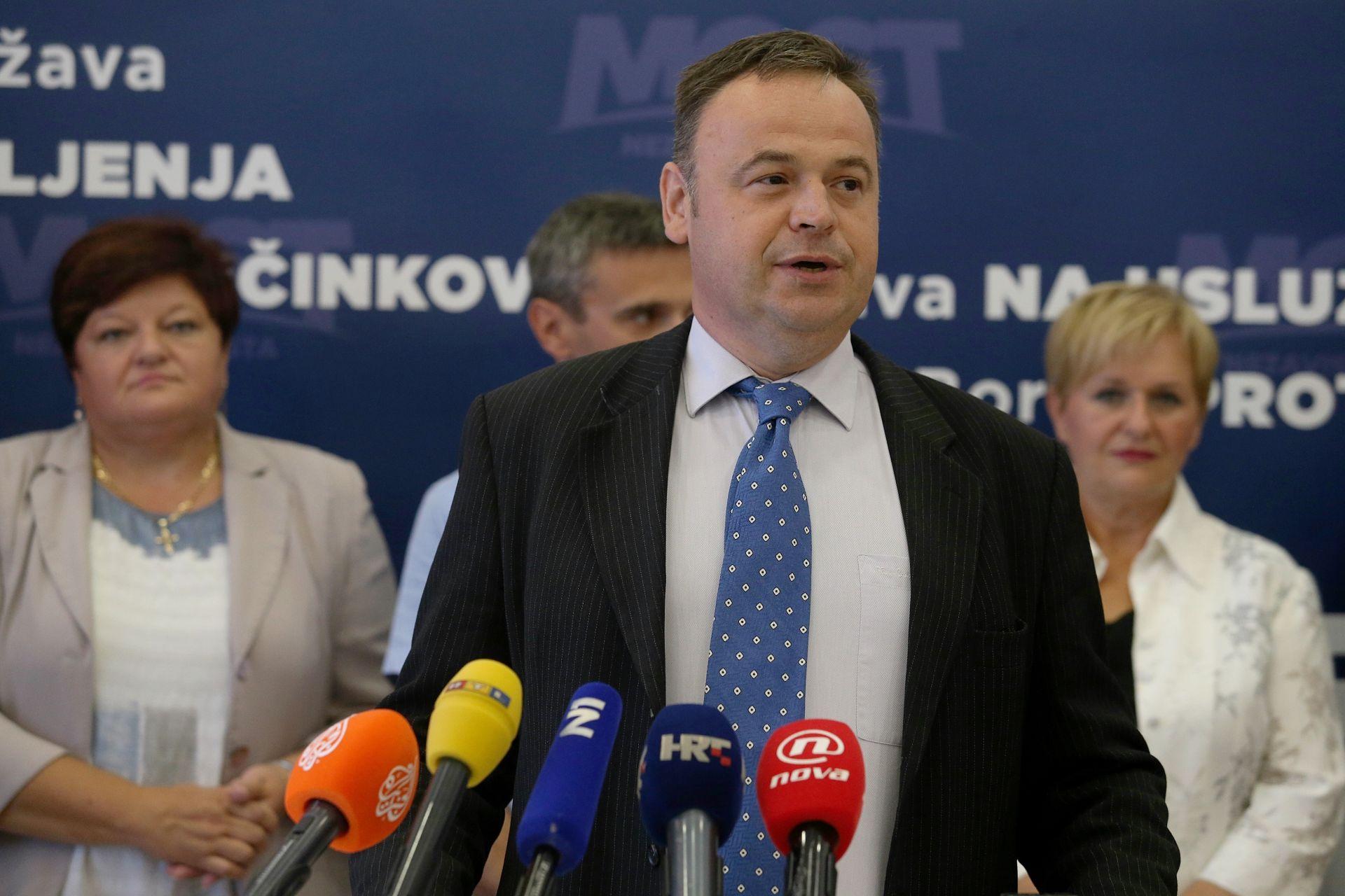 Mostovac Ružić ispričao se Sandri Perković