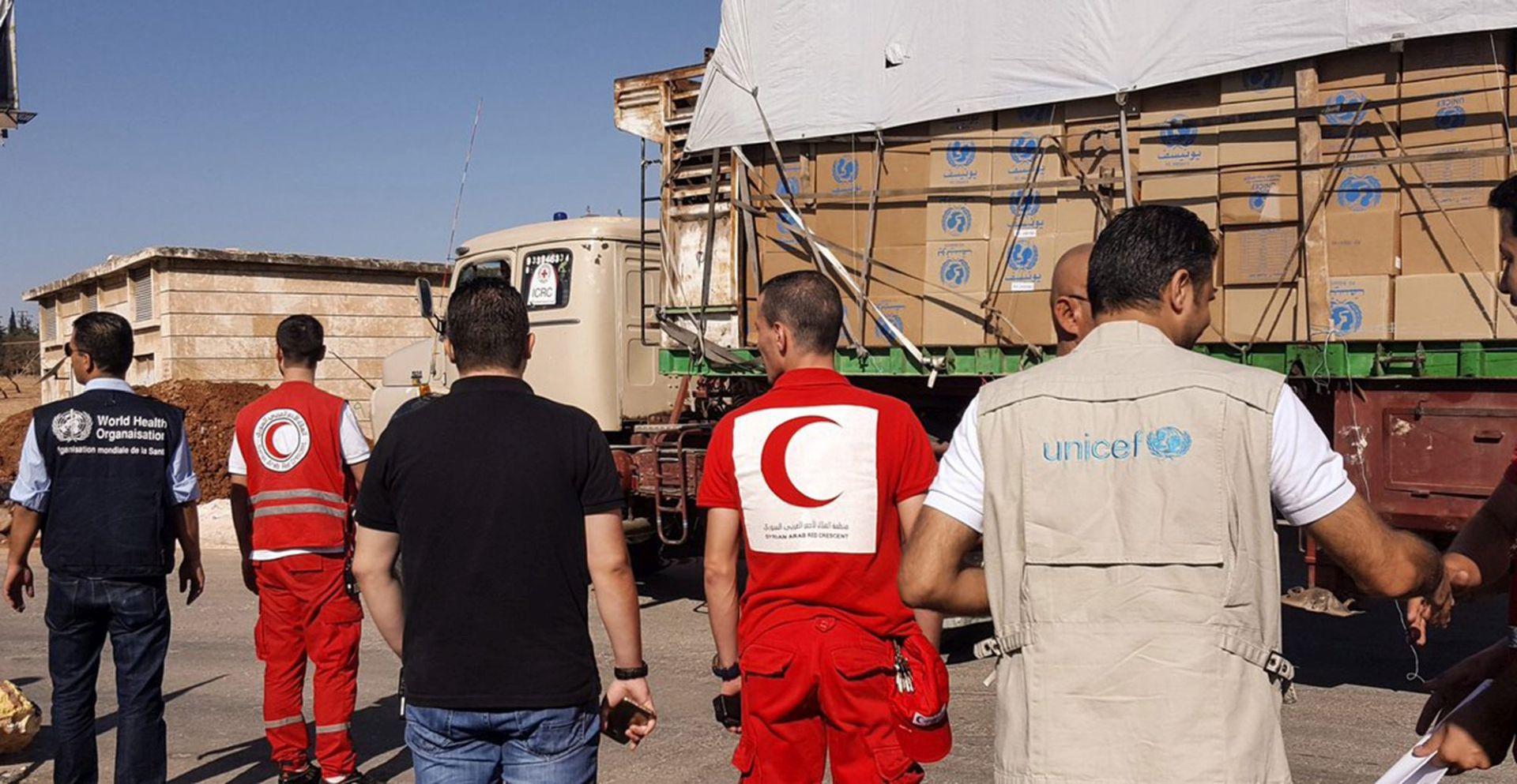 RUSKO MINISTARSTVO OBRANE: Humanitarni konvoj u Siriji se zapalio