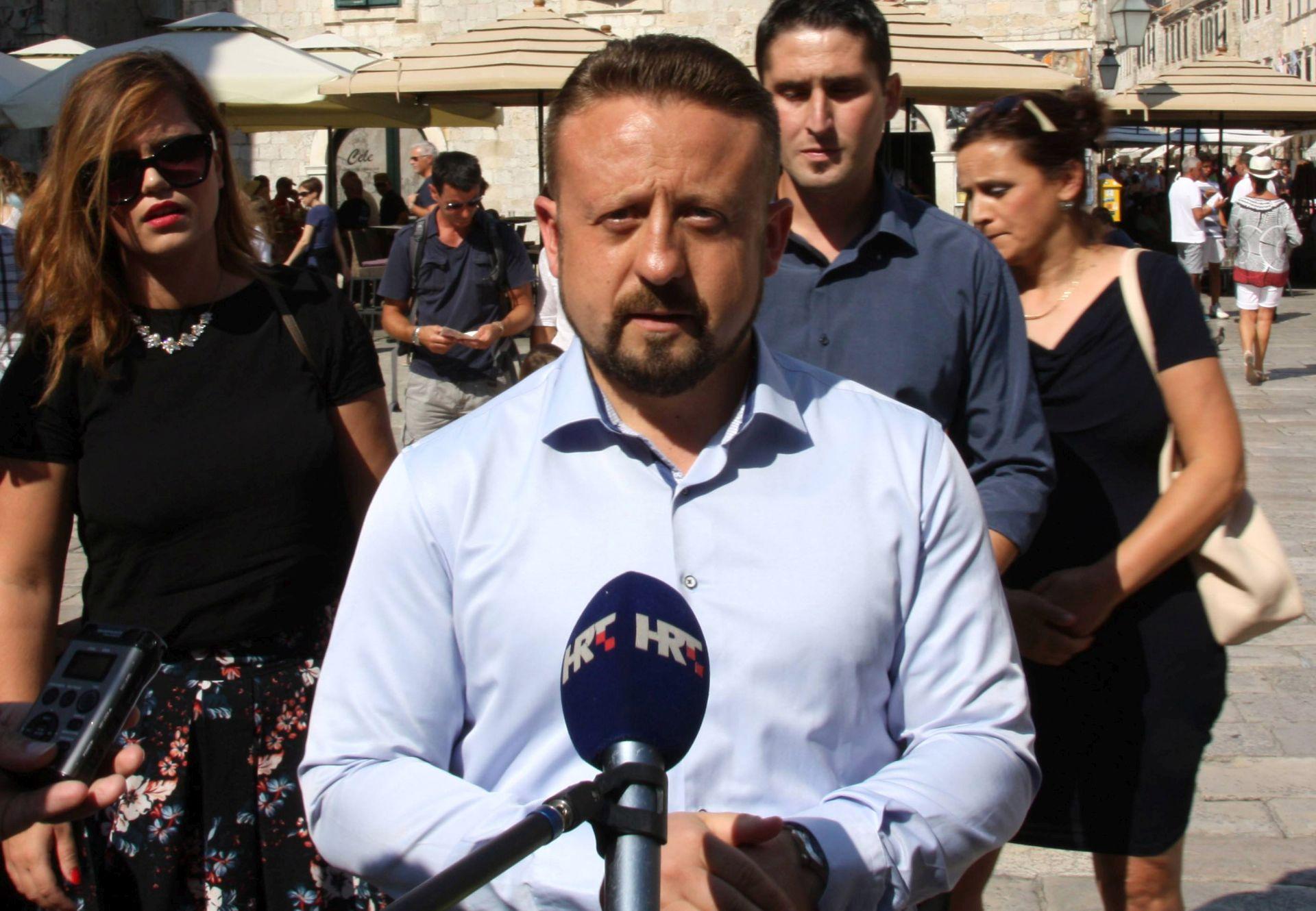 TEPEŠ: Ako je uhićeni hrvatski obavještajac, to je katastrofa za nacionalnu sigurnost