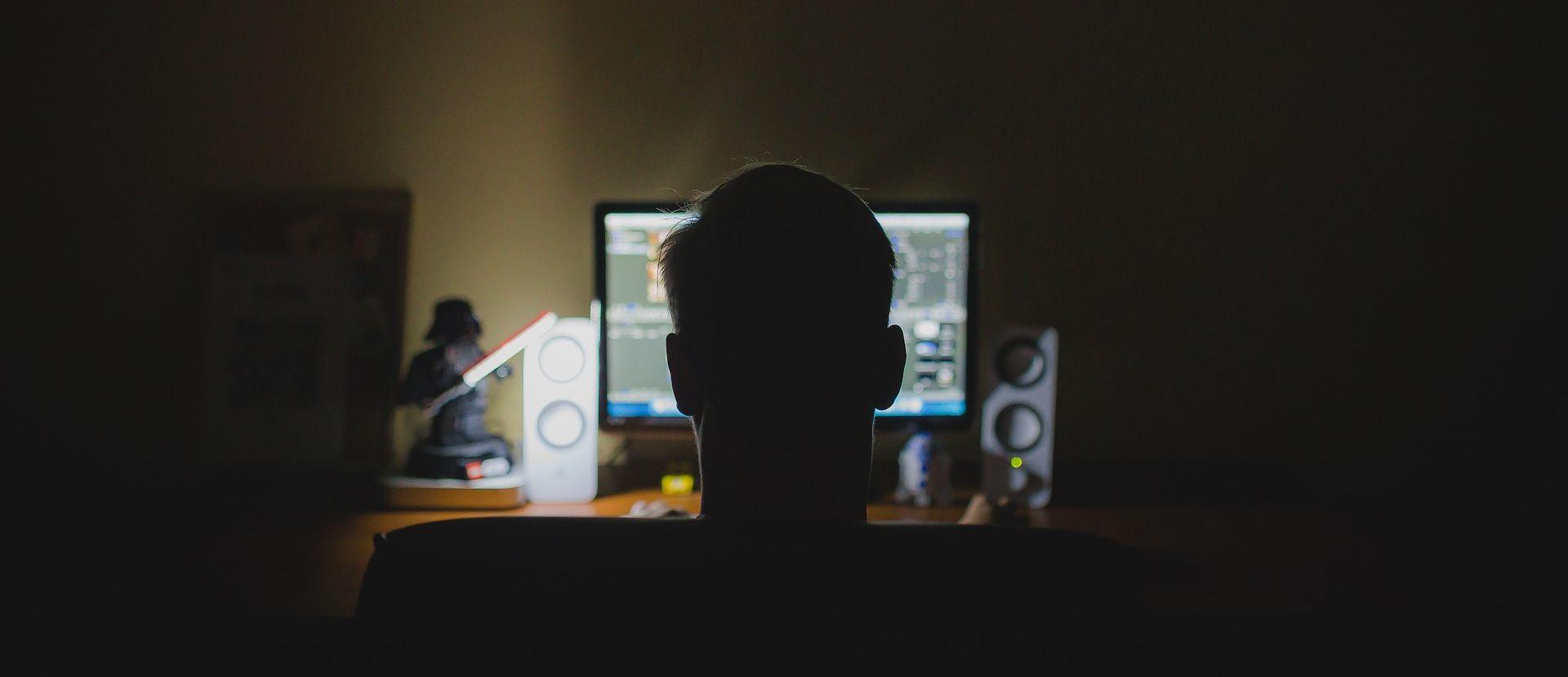 SAD Haker s Kosova osuđen na 20 godina zatvora – IS-u slao osobne podatke američkih vojnika