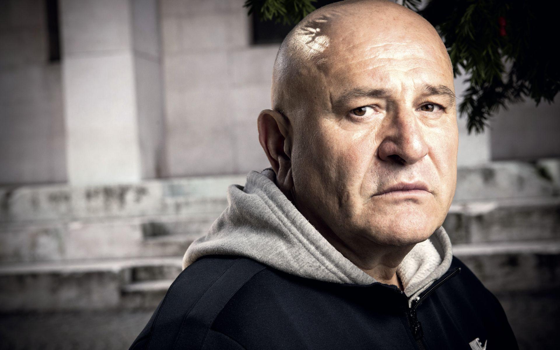 INTERVIEW: DEJAN AĆIMOVIĆ 'Naše je društvo postalo toliko primitivno da više nema prostora ni za nazadovanje'
