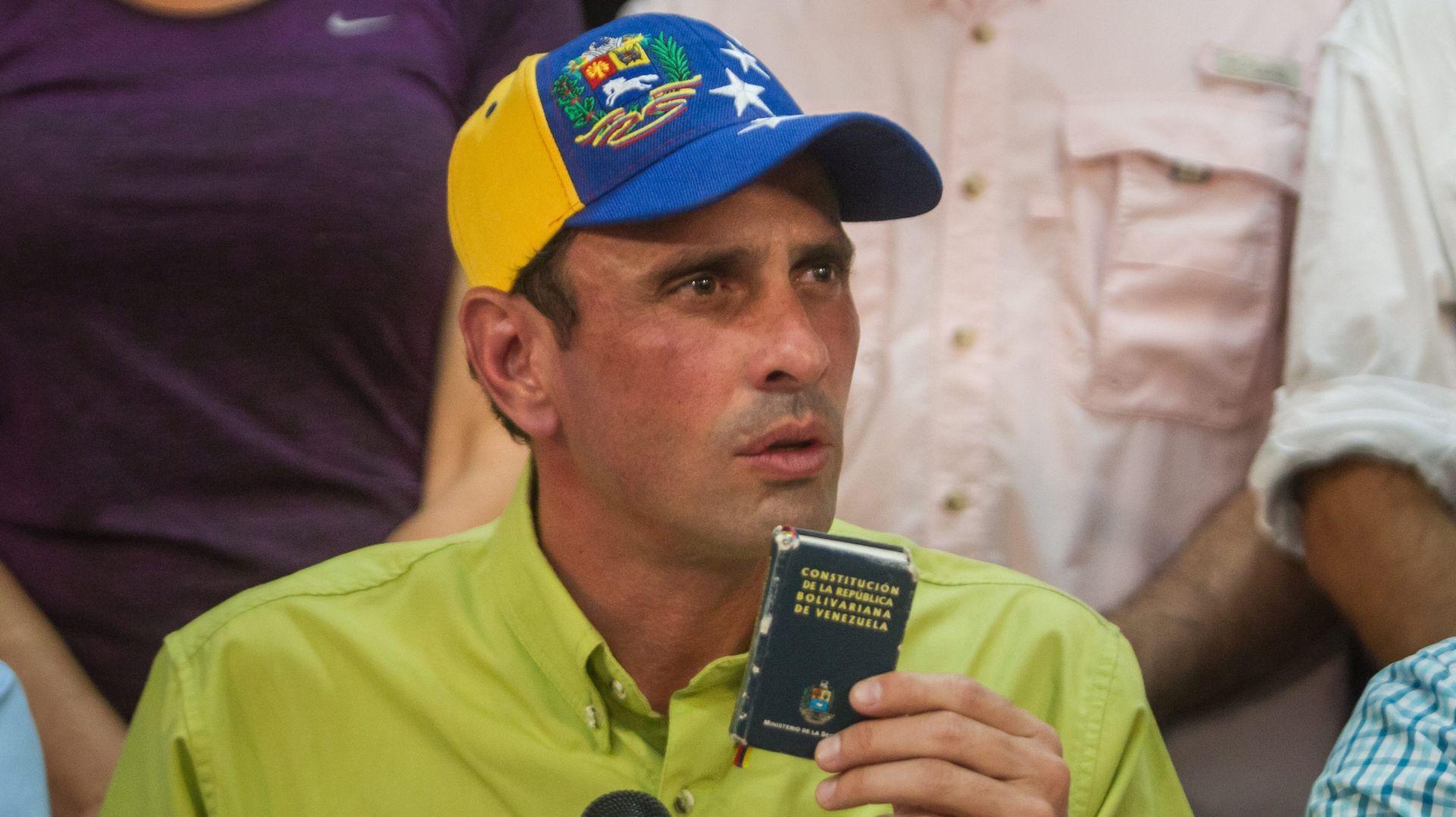 "Oporba u Venezueli osuđuje vladin ""državni udar"""